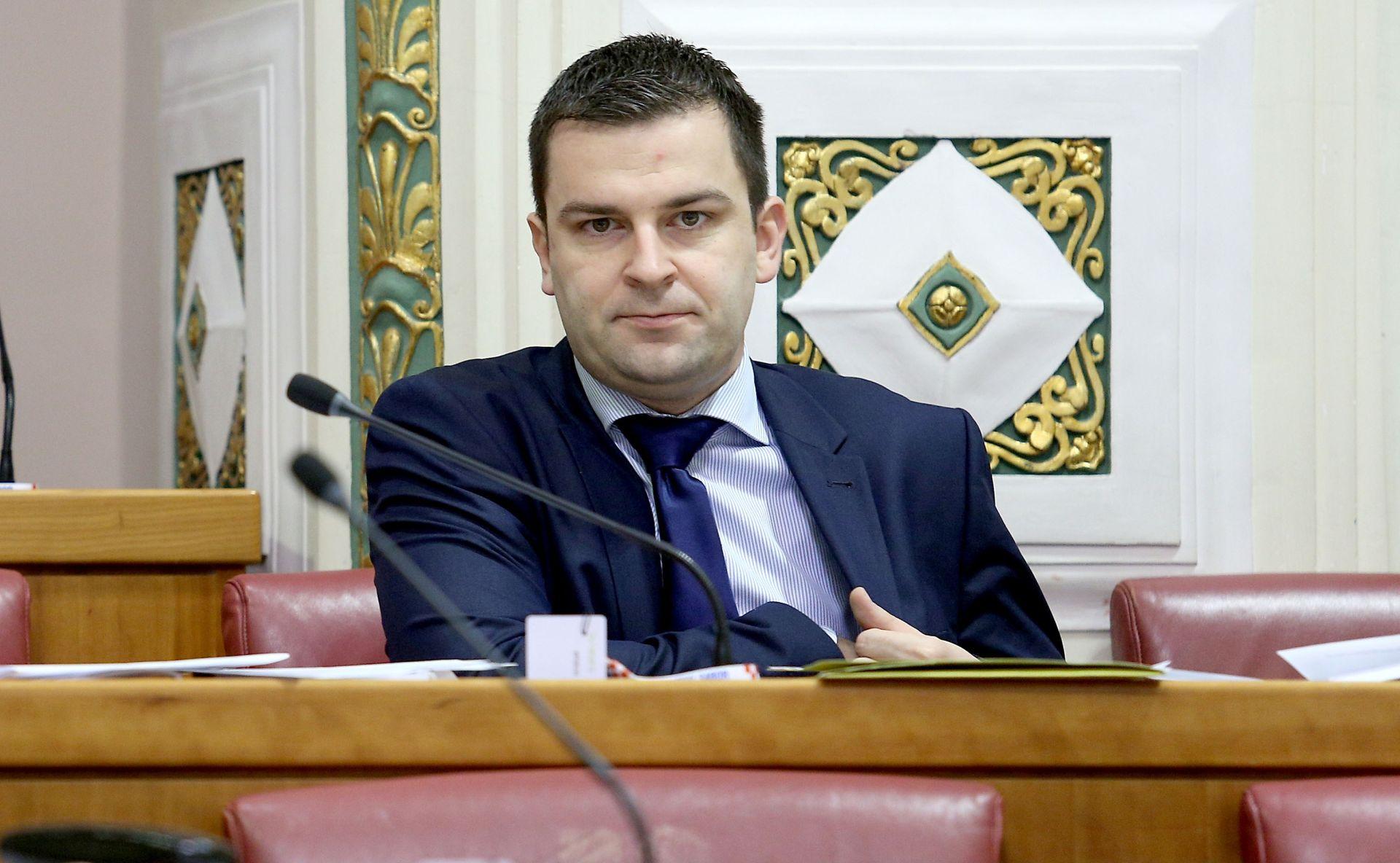 DARIO HREBAK: 'HSLS neće sudjelovati u preslagivanju gdje Bandić vodi glavnu riječ'