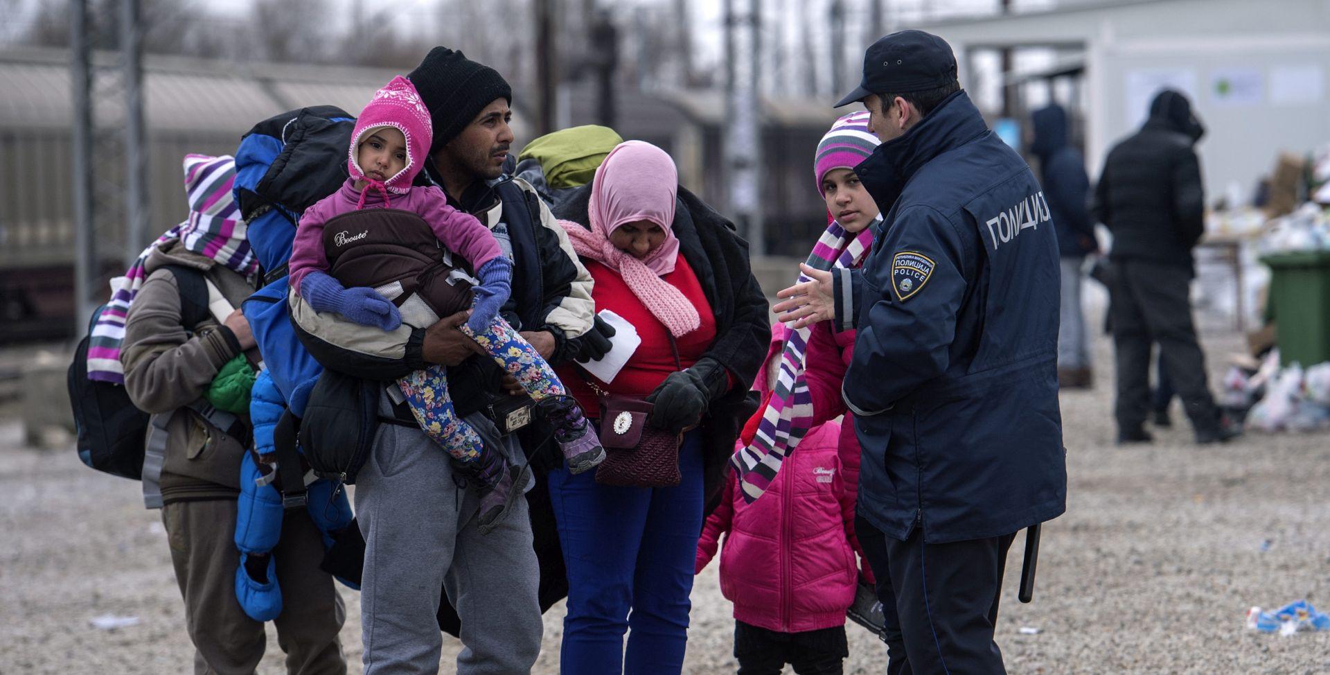 ZBOG POJAČANIH NAPADA: 70.000 izbjeglica na putu za tursku granicu