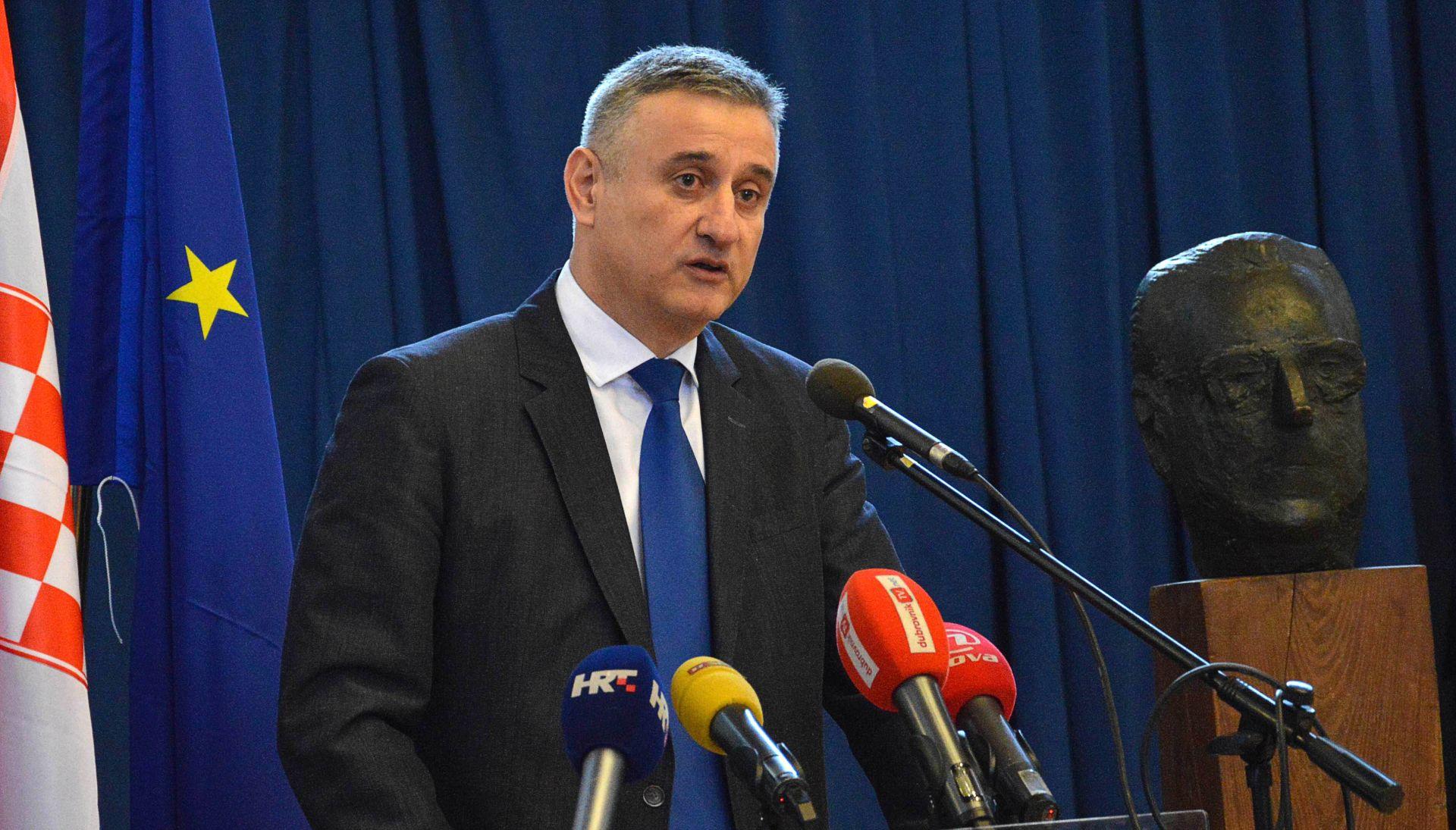 Karamarko: Vlada će znati zaštititi hrvatske nacionalne interese u INA-i