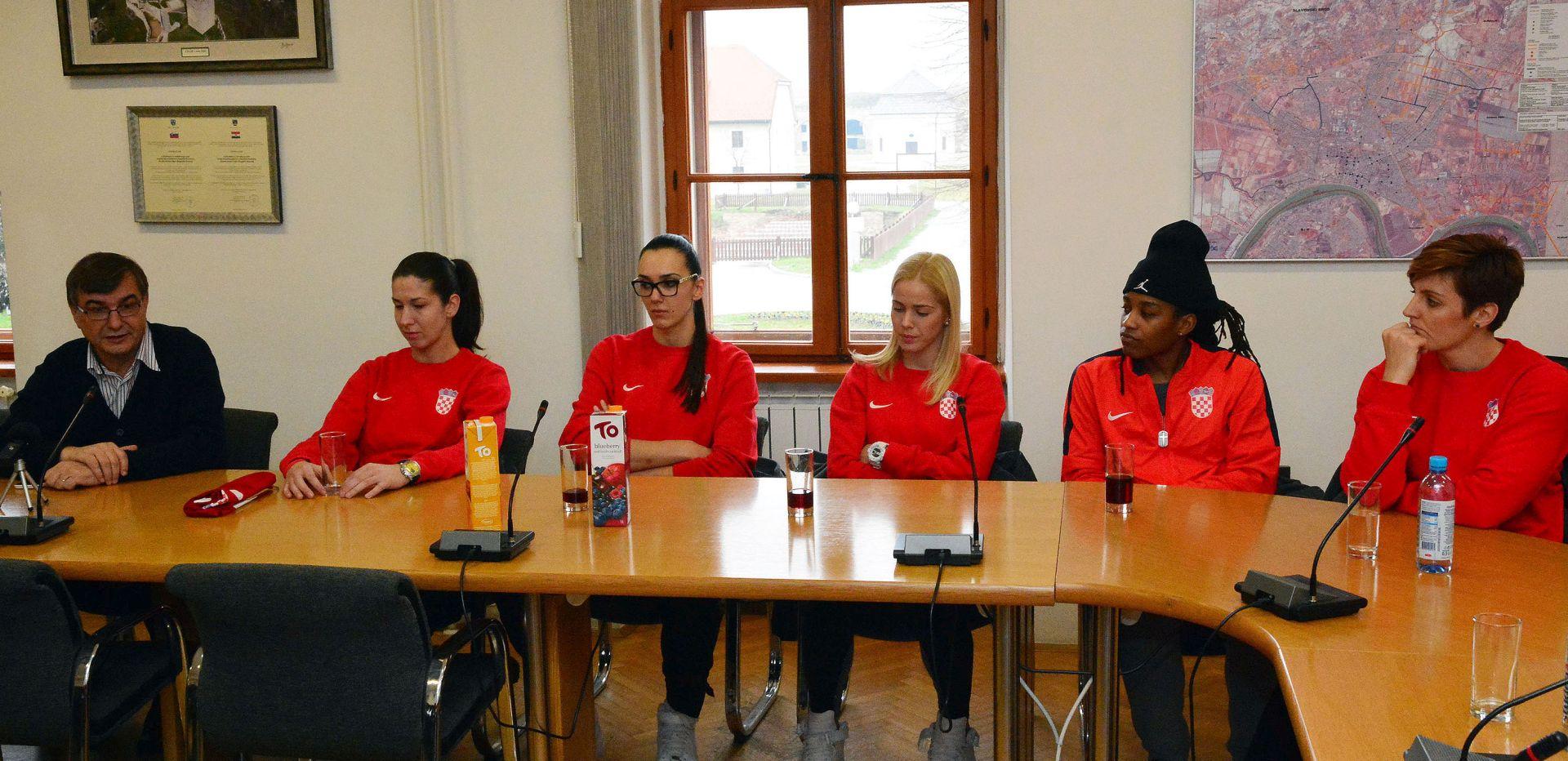NAJAVLJEN KOŠARKAŠKI PROGRAM: Festival ženske košarke u Slavonskom Brodu