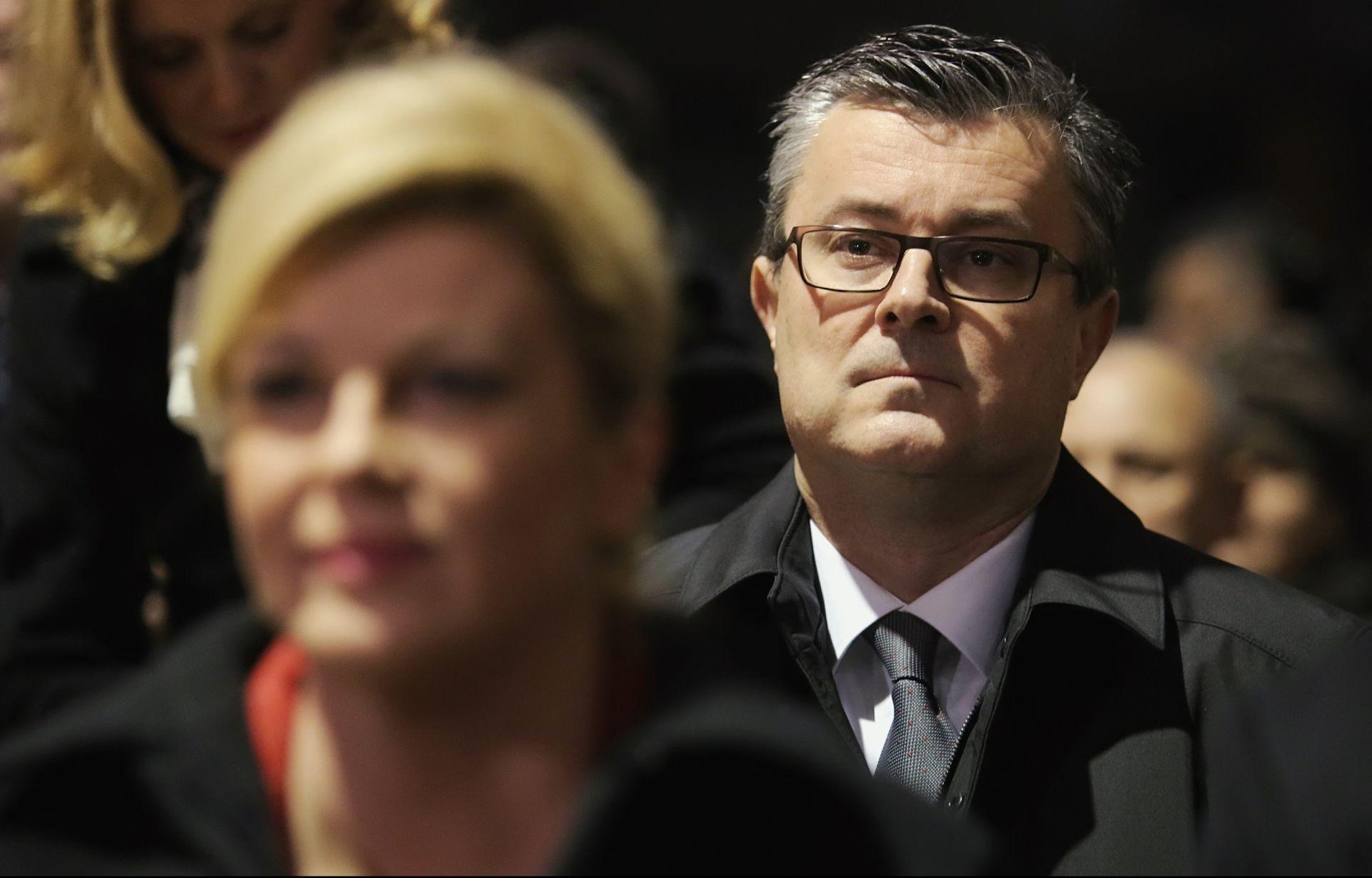 PREDSJEDNICA POTPISALA: Orešković će svoju odluku o razrješenju Lozančića donijeti idući tjedan