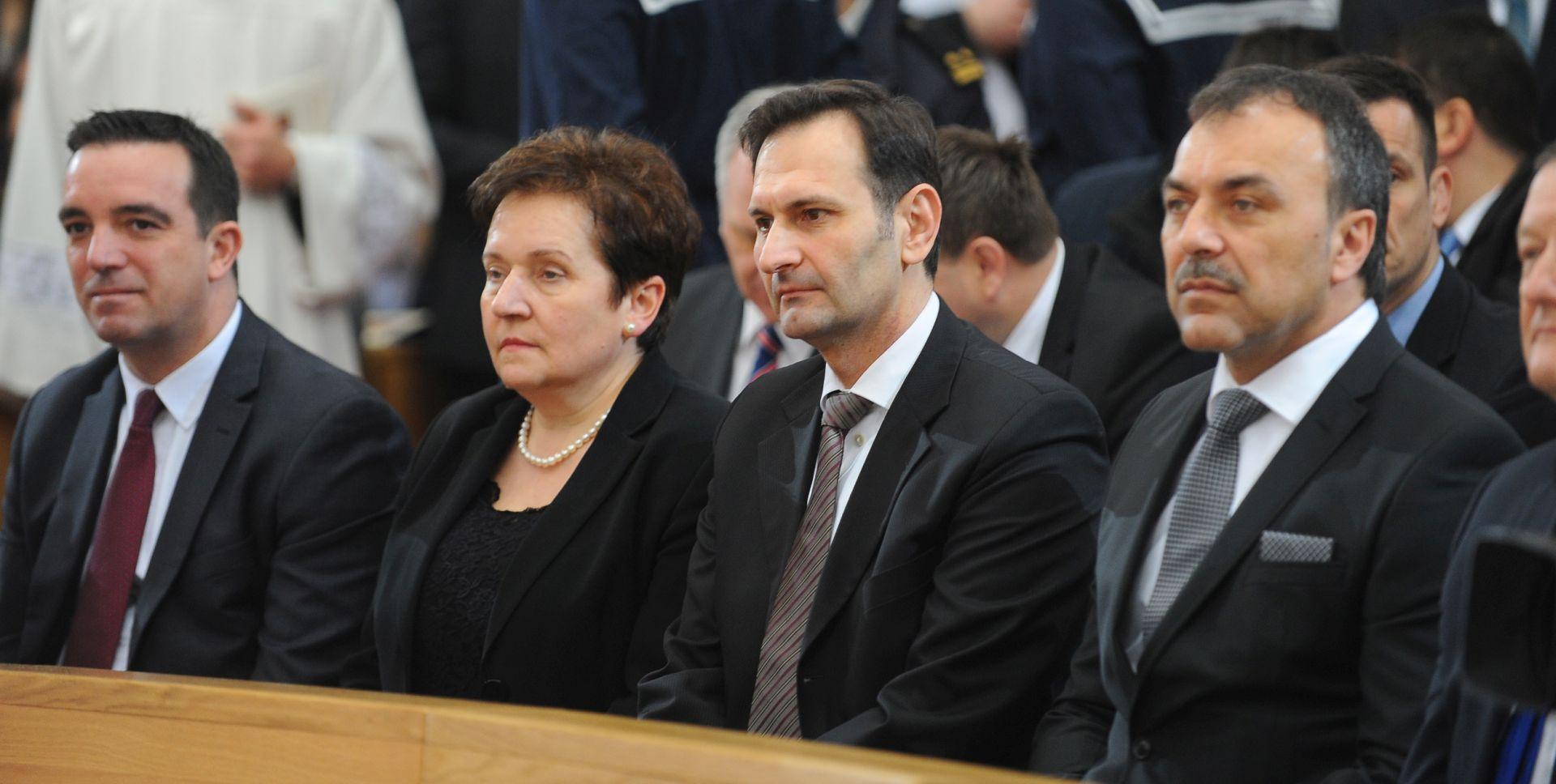 Ministar Kovač: Dobro surađujemo sa Svetom Stolicom