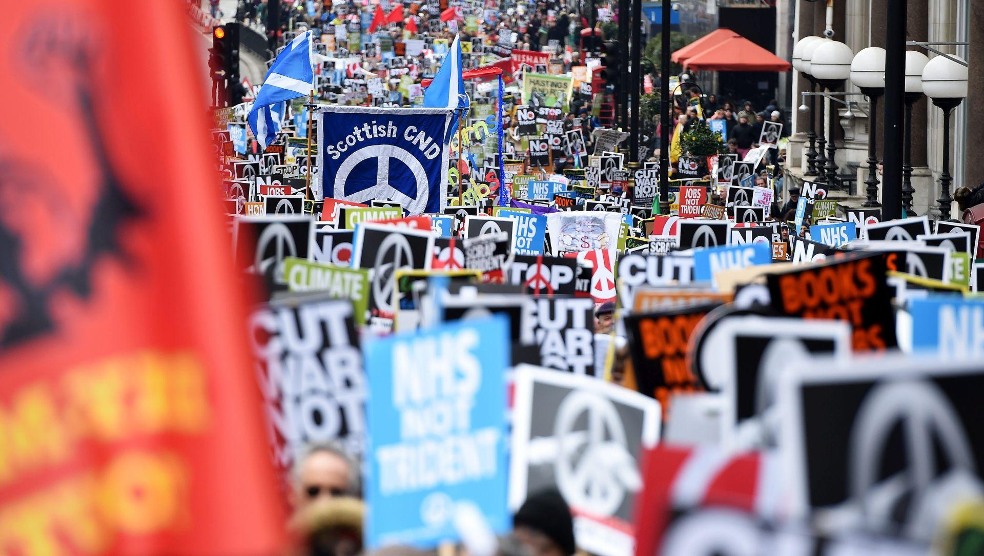 PROSVJED U LONDONU: Deseci tisuća protiv nuklearnog naoružanja