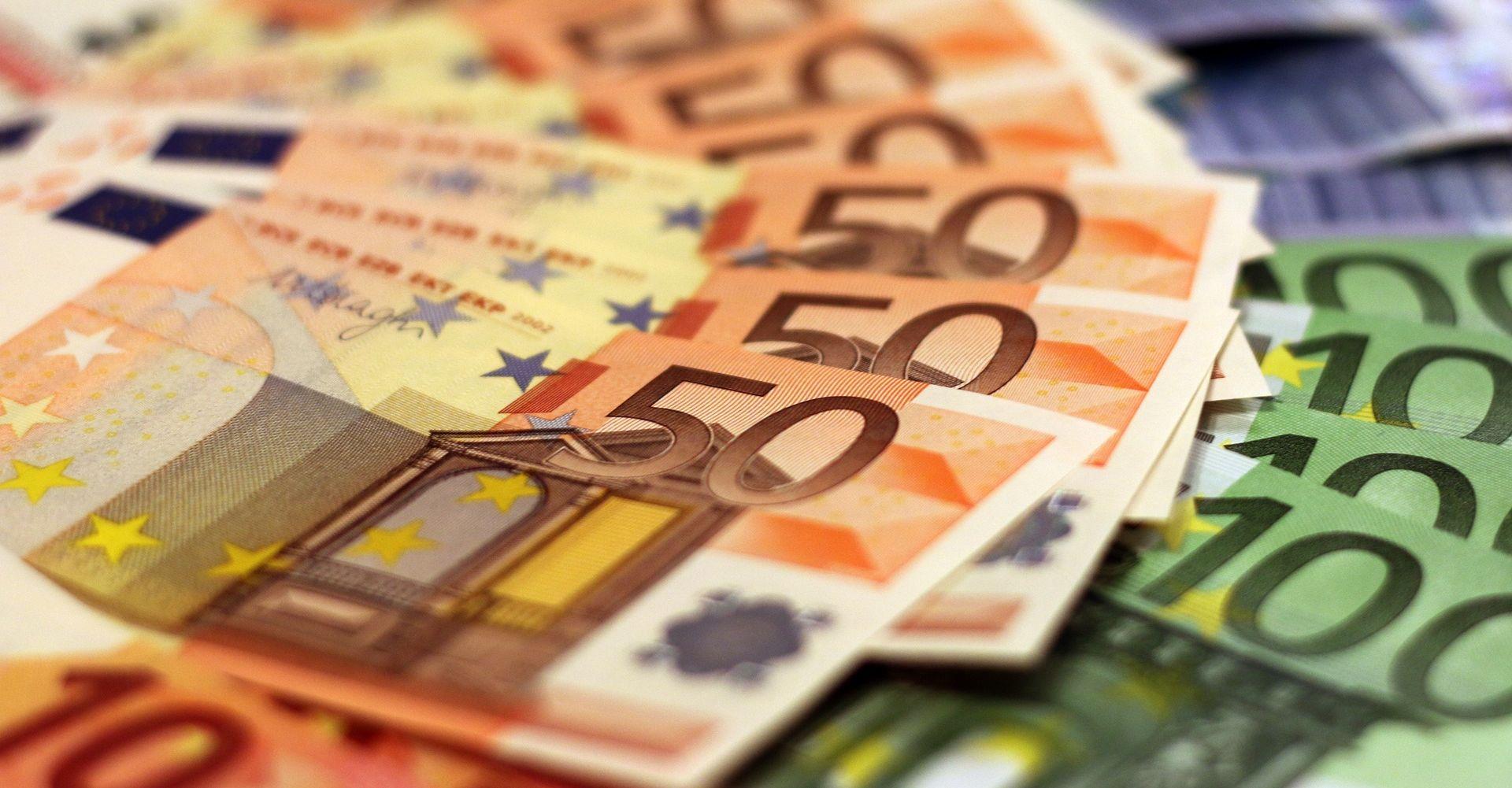 Njemačka zabilježila rekordni proračunski višak u 2015.