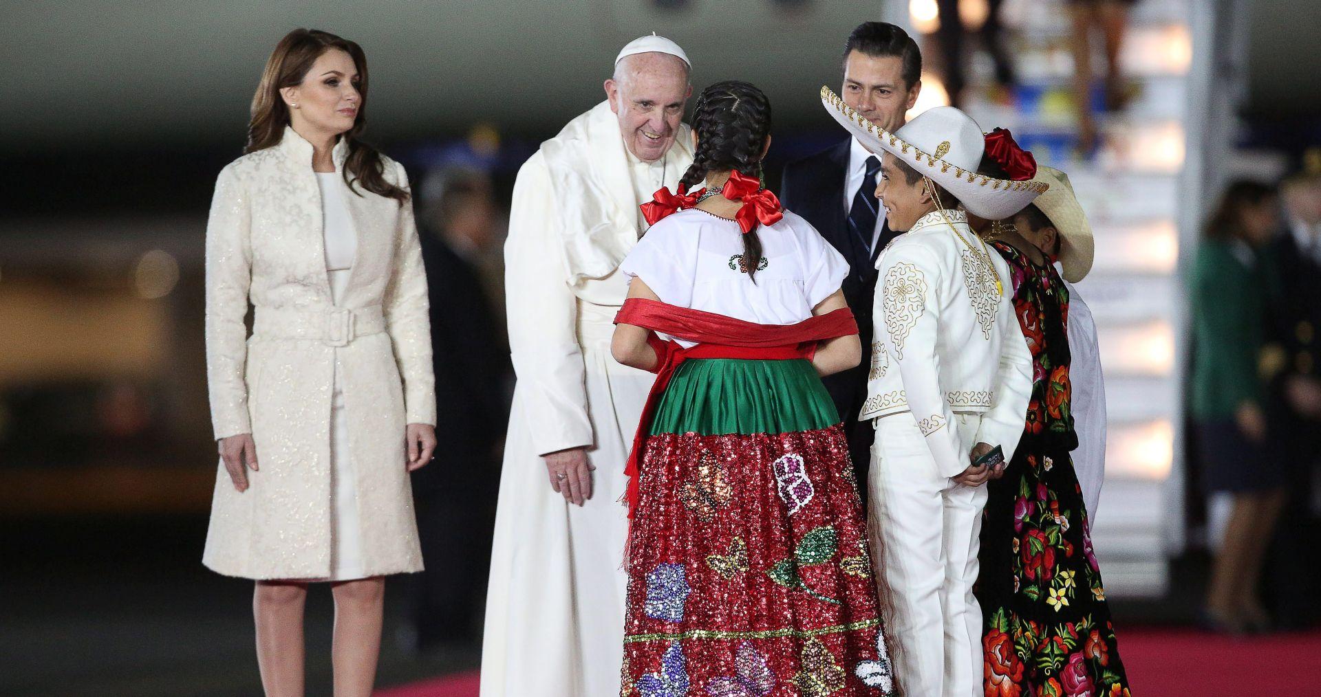 PAPA UPUTIO POZIV: Stvaranje Meksika bez emigracije i trgovaca smrti
