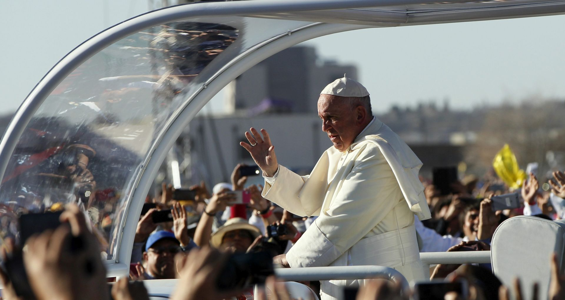 STAJALIŠTA O IZBJEGLICAMA: Papina izjava o Trumpu nije napad na njega osobno