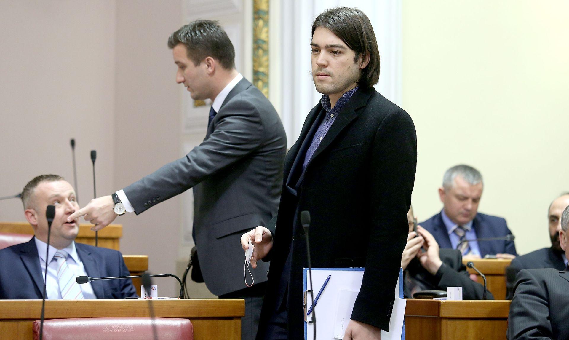 Sinčić odgovorio Vukšiću: Može vas biti sram – to nisu privilegije, to je pljačka građana
