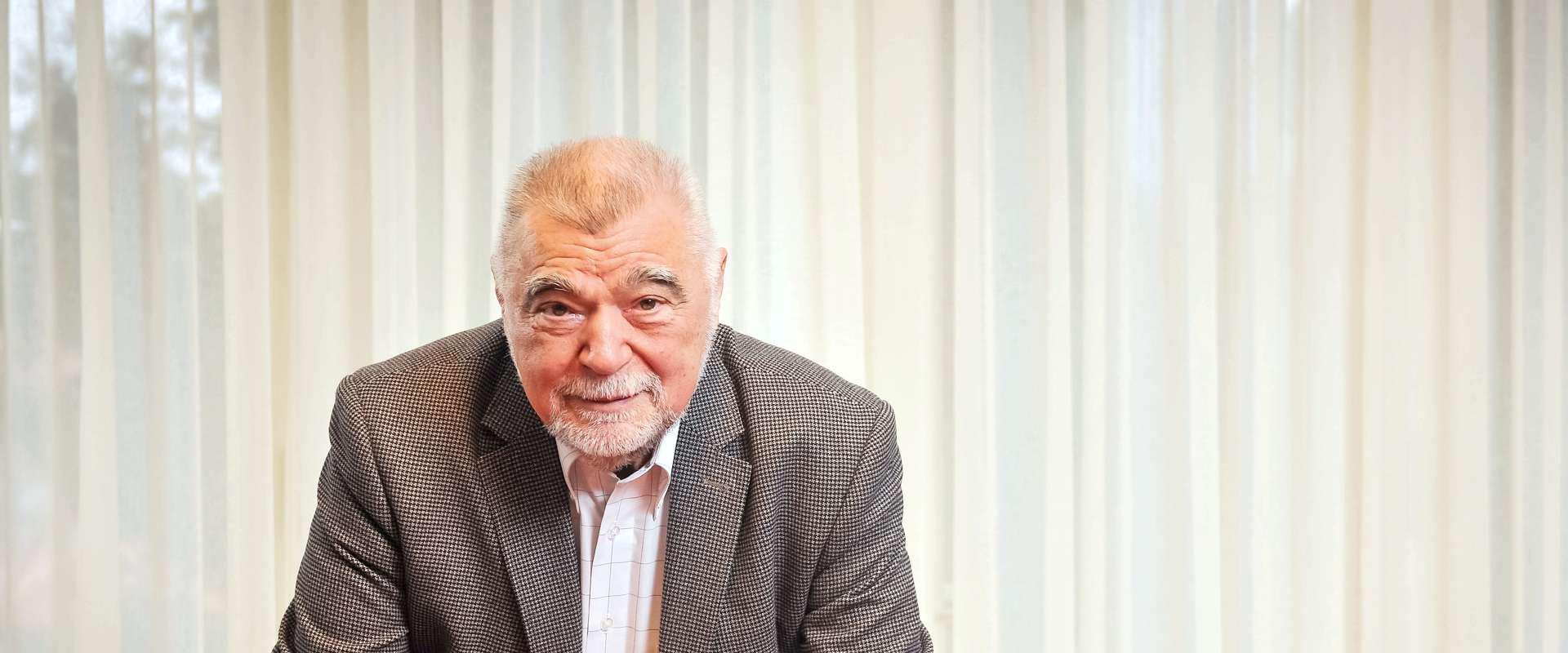 EKSKLUZIVNO: STIPE MESIĆ: 'Tihomir Orešković mogao bi odgovoriti kako je prodana Pliva'