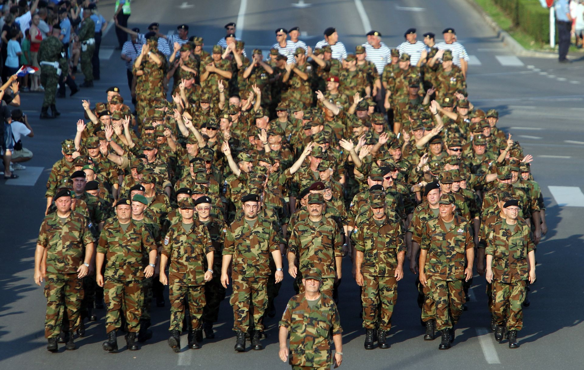 ISTRAGA U TIJEKU: U vojarni u Đakovu poginuo 45-godišnji dočasnik