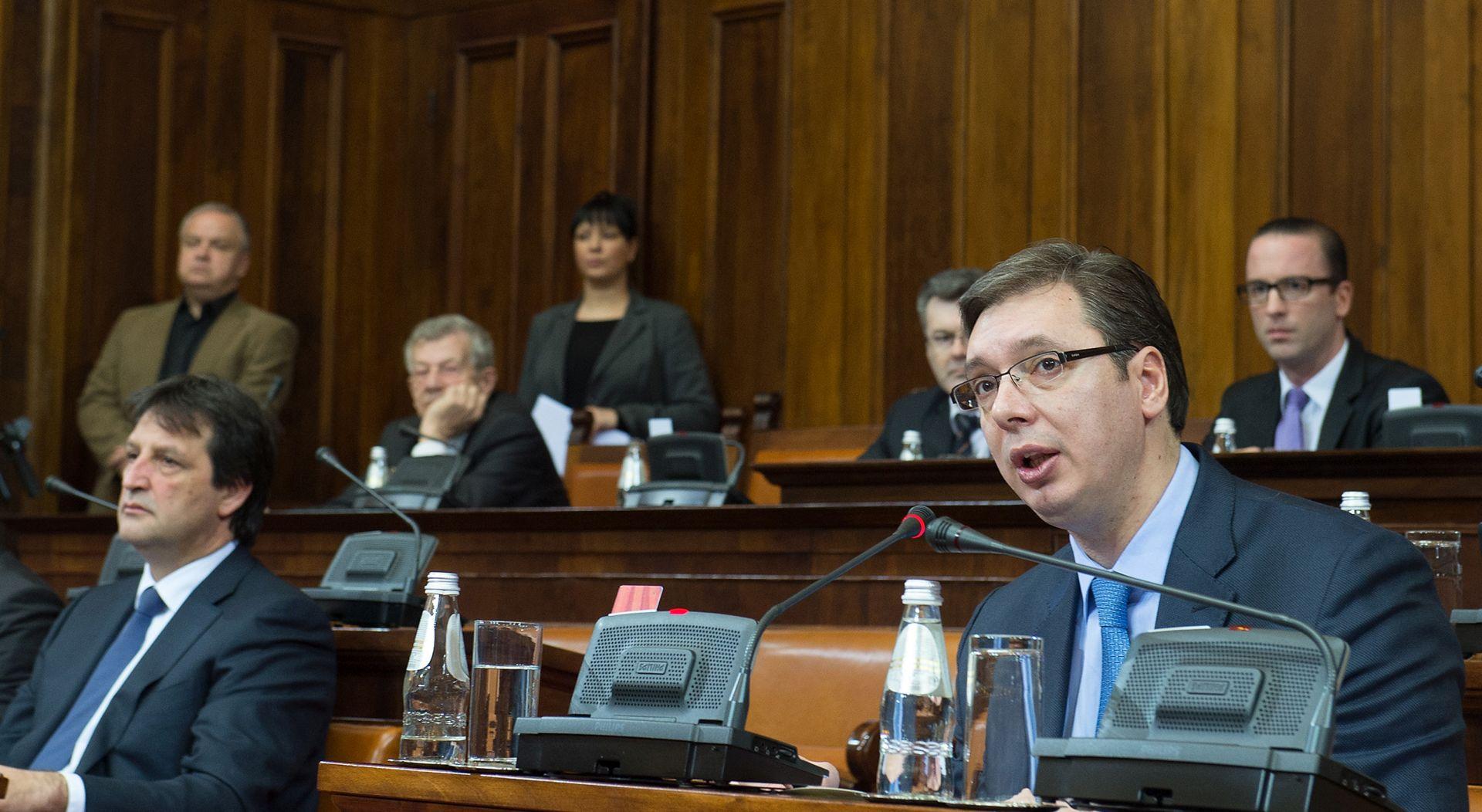 ZBOG SEKSISTIČKE PRIMJEDBE: Skupština Srbije razriješila ministra obrane