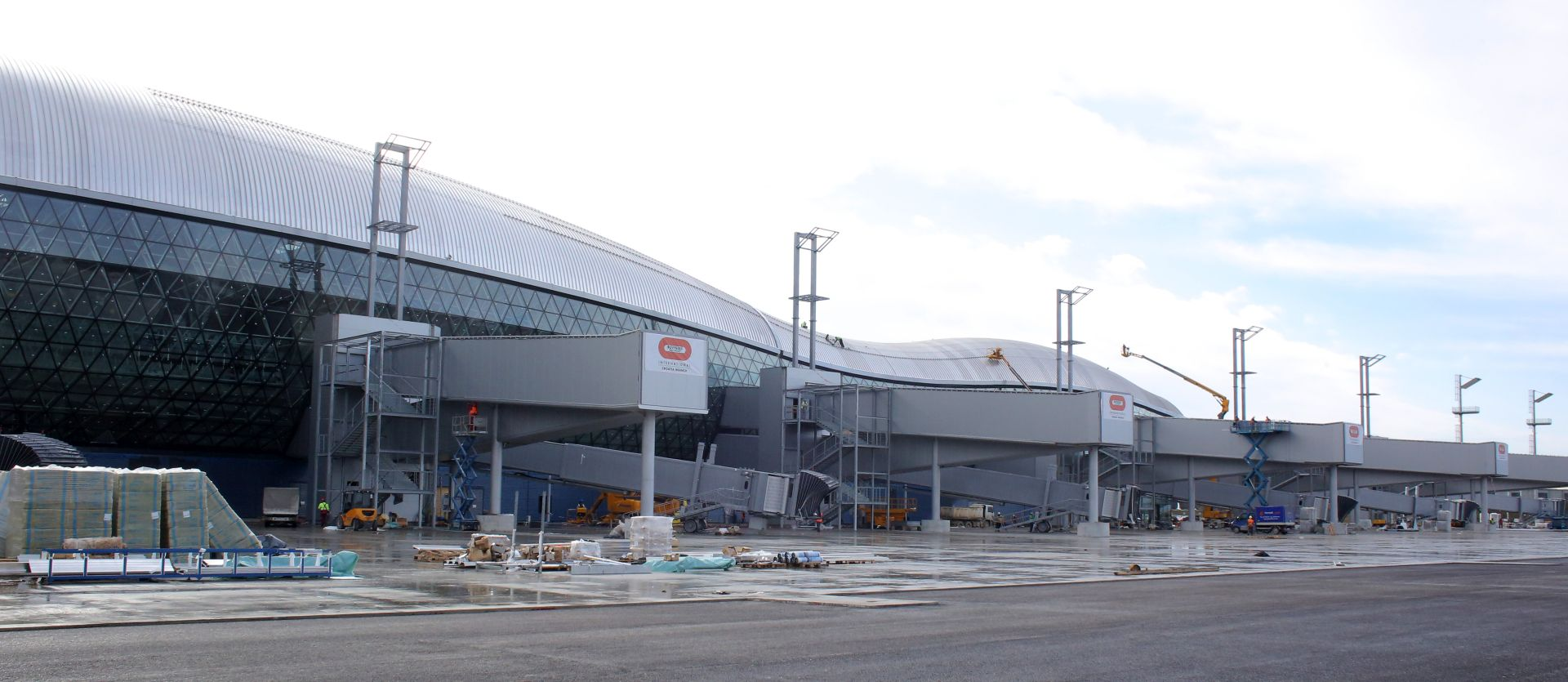 FOTO USVOJEN PRIJEDLOG: Nova zagrebačka zračna luka nosit će ime dr. Franje Tuđmana