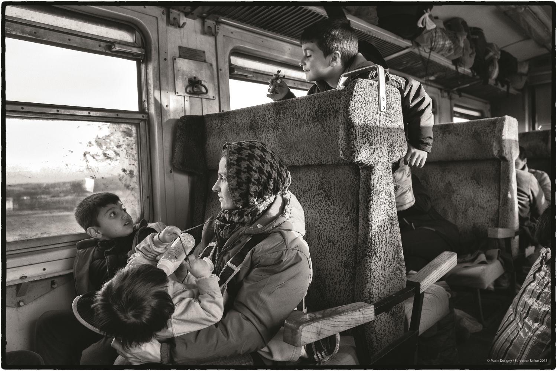 Gevgelija, Macédoine. Les trains sont pris d'assaut par les familles pressées de poursuivre leur voyage vers le nord de l'Europe.