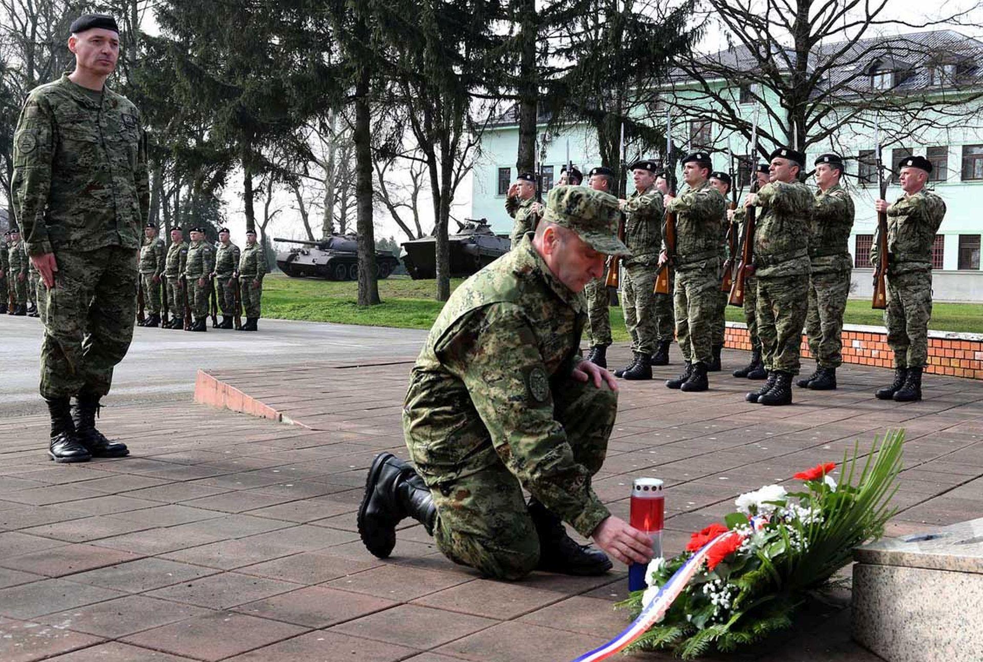Ministarstvo obrane: General Šundov obišao Gardijsko oklopno mehaniziranu brigadu
