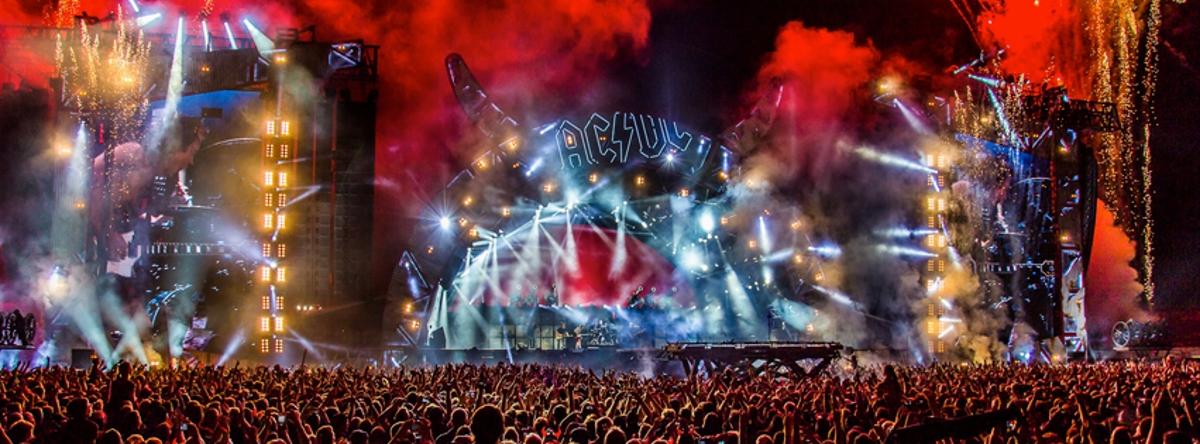VIDEO: Zbog opasnosti od gubitka sluha pjevača, AC/DC odgodio datume turneje