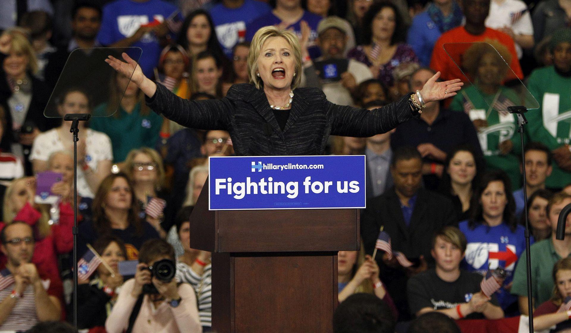 ANKETA: U utrci za Bijelu kuću Clinton vodi za 11 posto