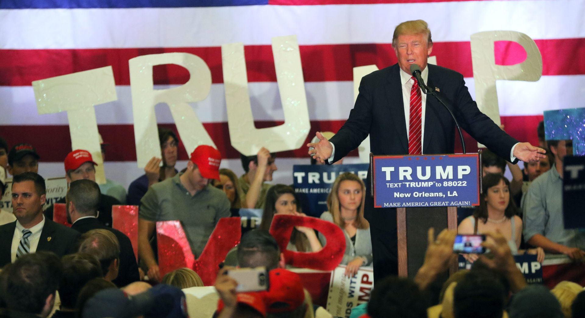 Novi američki predizbori izvrsni za Trumpa, slabiji za Clinton