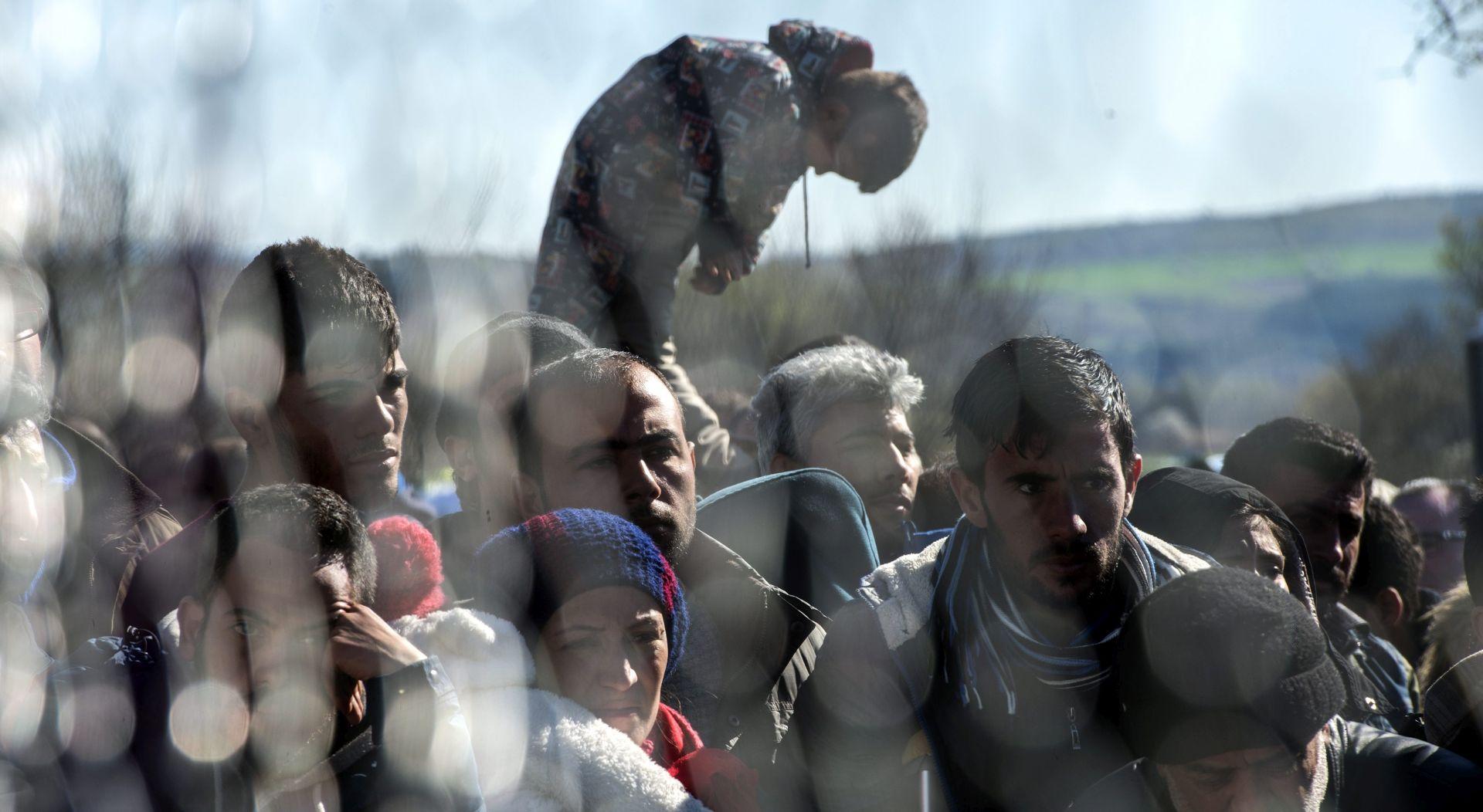 Turska uhitila krijumčare ljudima, zaustavila 120 Sirijaca