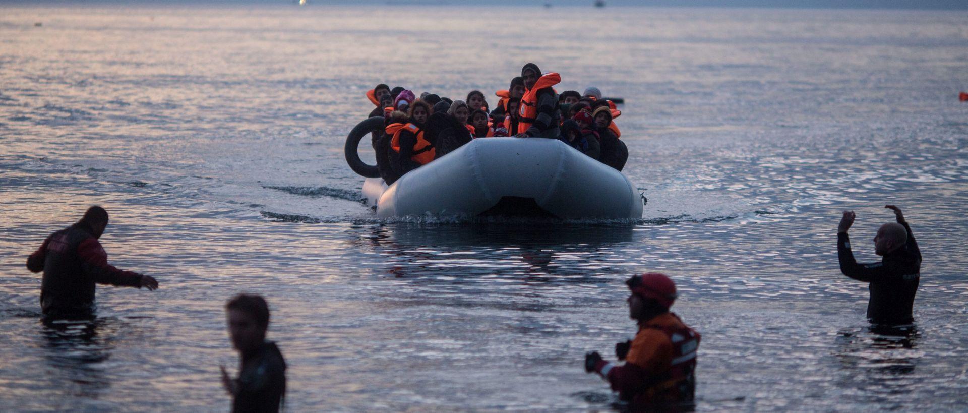 Turska obalna straža privodi migrante uoči stupanja na snagu sporazuma s EU-om