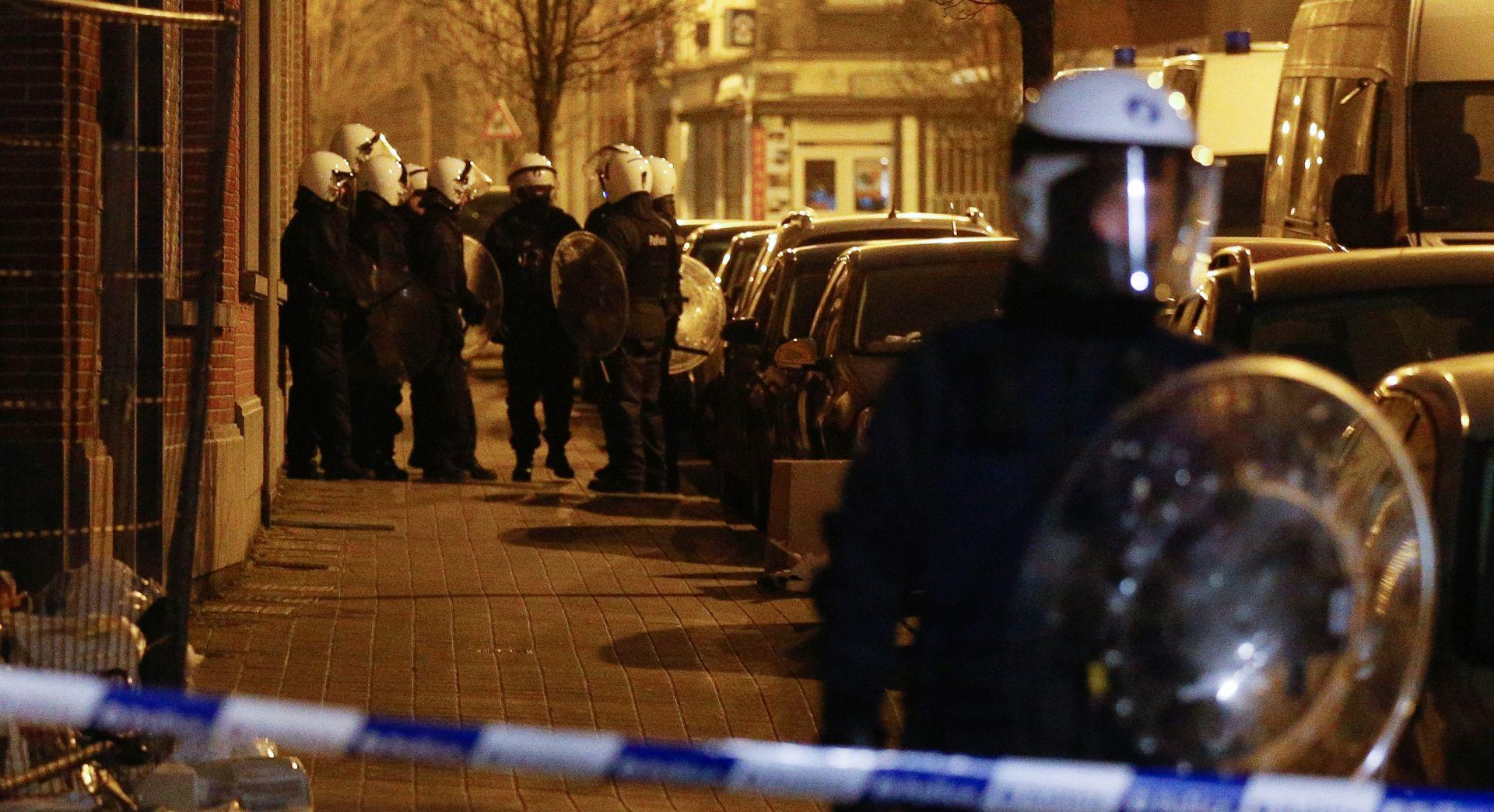 BELGIJA Policija traga za pomagačem Abdeslama, koji je izradio bombaške prsluke za pariške napade