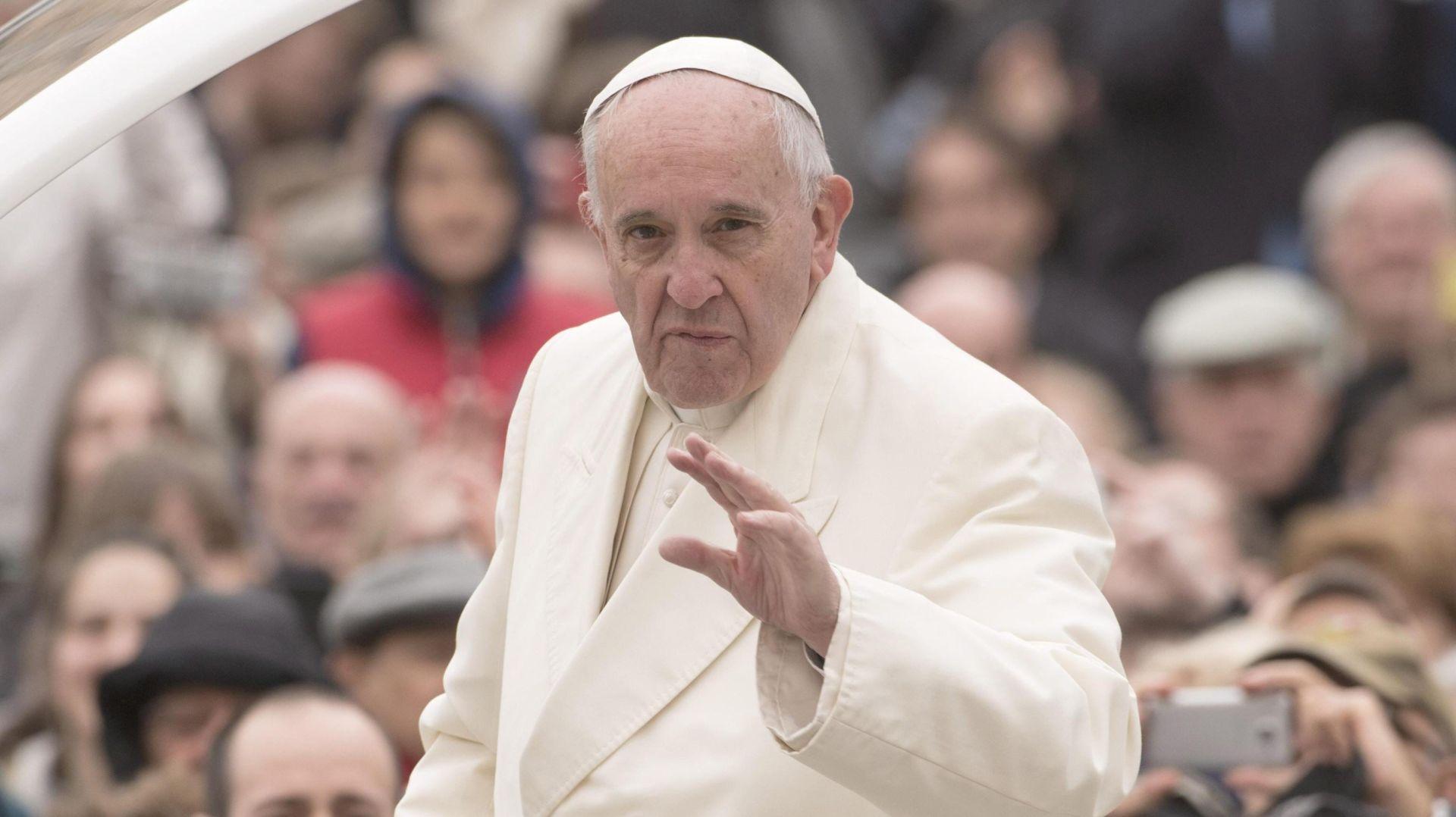 ISTRAŽIVANJE Papa Franjo popularniji od svih političkih svjetskih čelnika