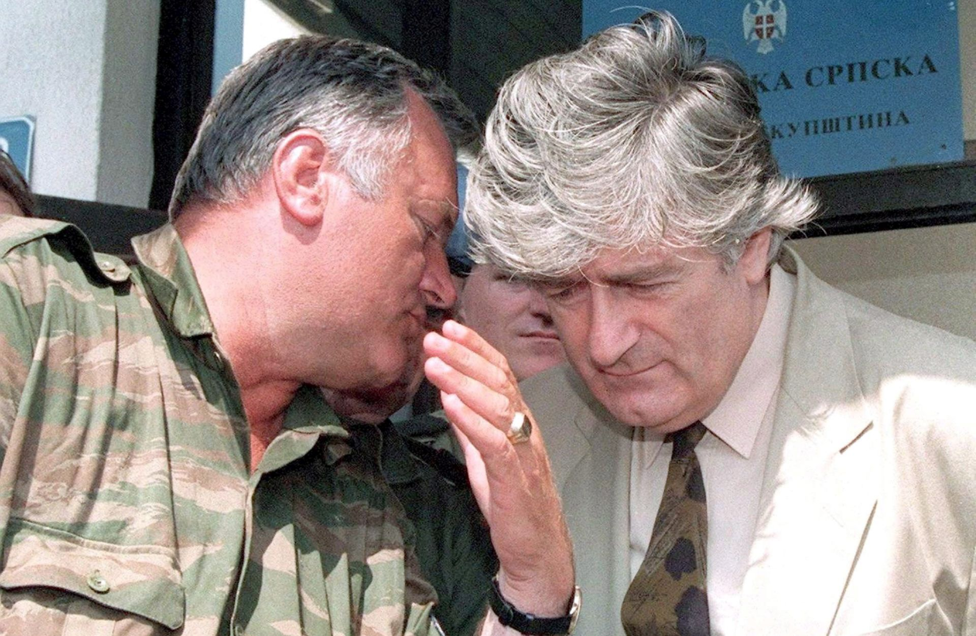 "PRVA KARADŽIĆEVA IZJAVA ""Zar Europa nakon Pariza i Bruxellesa ne zna protiv koga smo se mi borili?"""