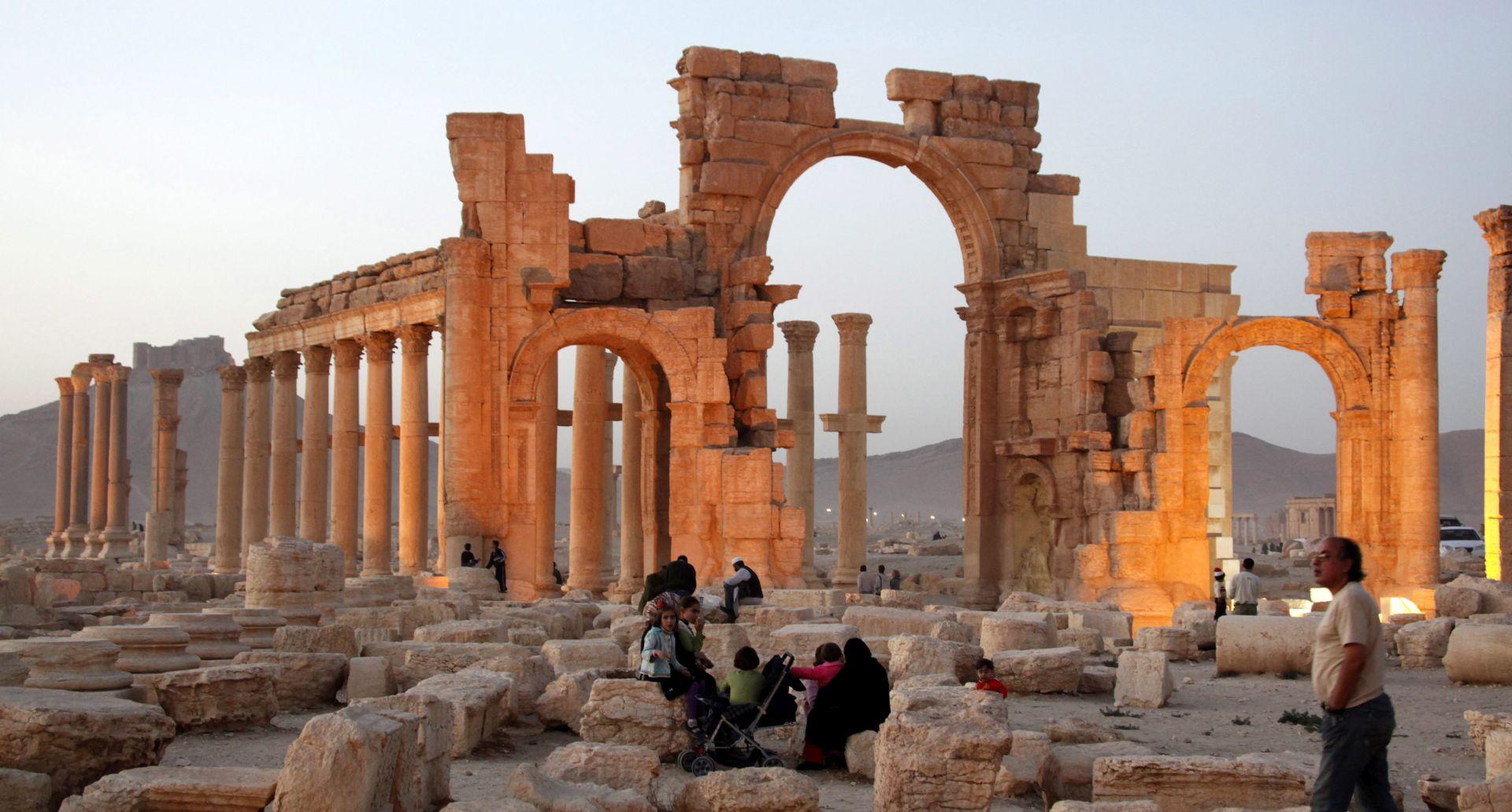 Islamska država od prodaje umjetnina zaradi 200 milijuna dolara godišnje