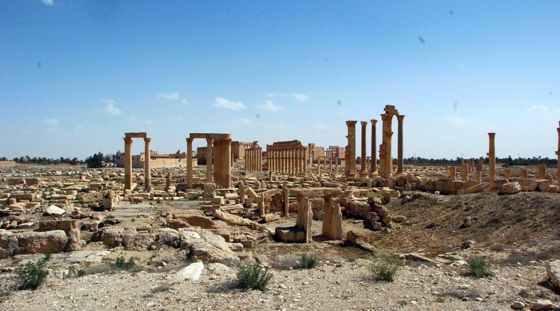 NAKON OSLOBOĐENJA OD IS-a: U Palmiri pronađena masovna grobnica, mnoge žrtve žene i djeca