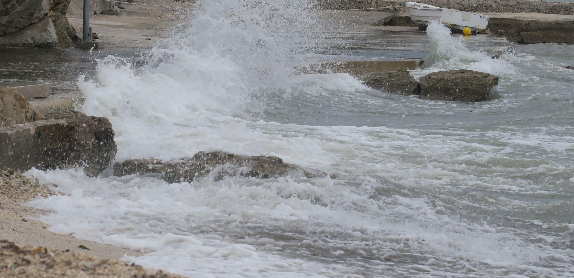 Nakon olujnog nevremena u Istri, saniraju se štete