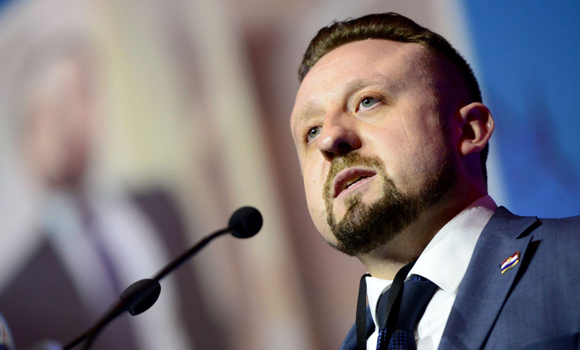 Tepeš, ponovno predsjednik HSP AS: Radi očuvanja hrvatskih nacionalnih interesa potrebna je jaka pravaška stranka.