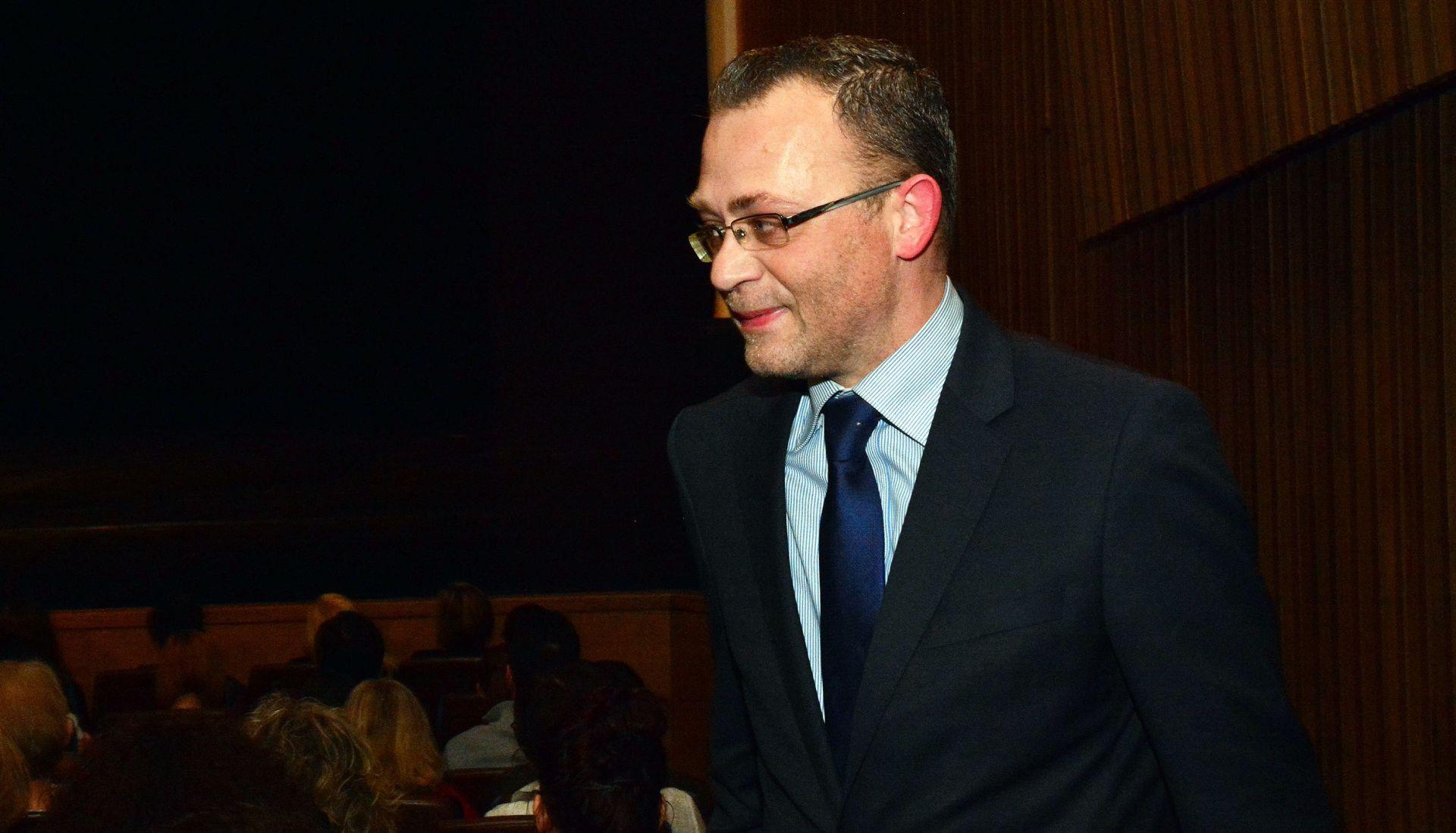 Hasanbegović : Nije to desant na medije, to je desant na Drvar