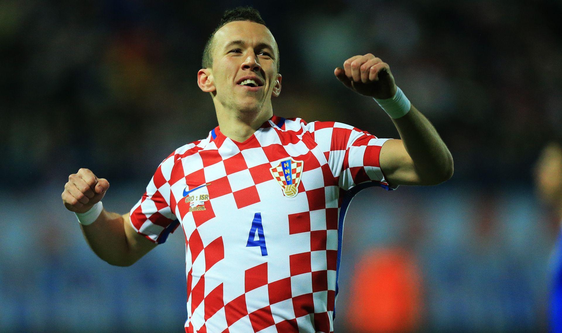 FORFOURTWO IZABRAO: Hrvatski kockasti dres najljepši sa EURO-a