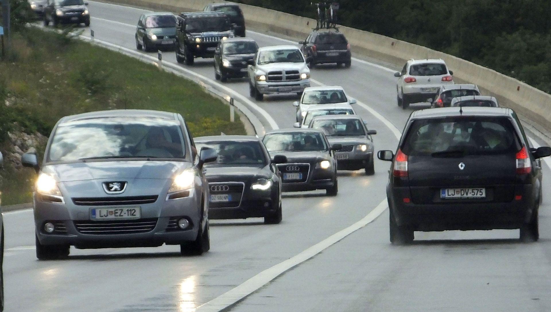 PRETRČAVALA KOLNIK BRZE CESTE Pješakinja poginula u naletu automobila