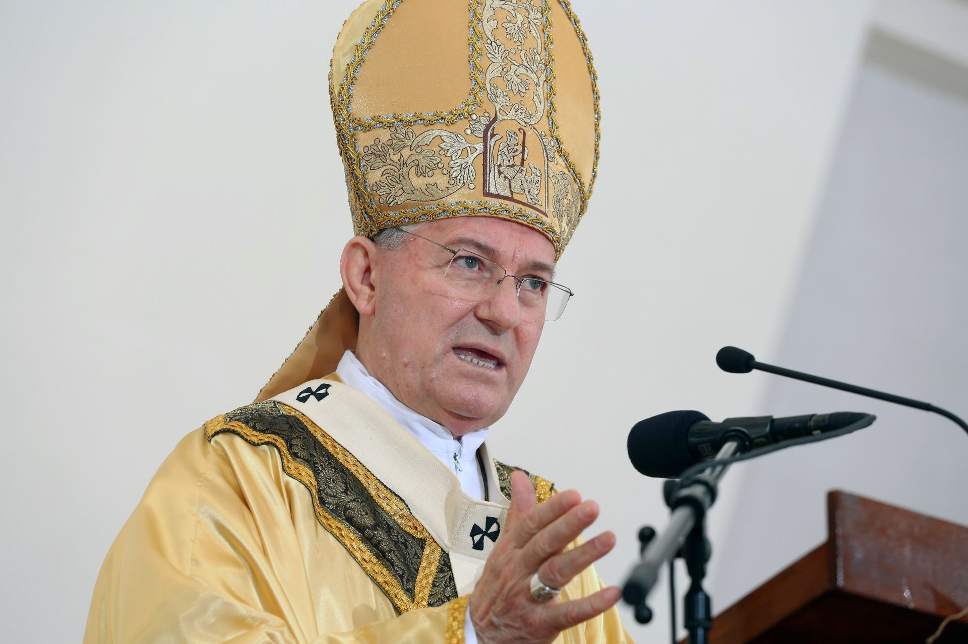 Msgr. Bogdan: Obitelj je temeljna jezgra društva i Crkva u malome