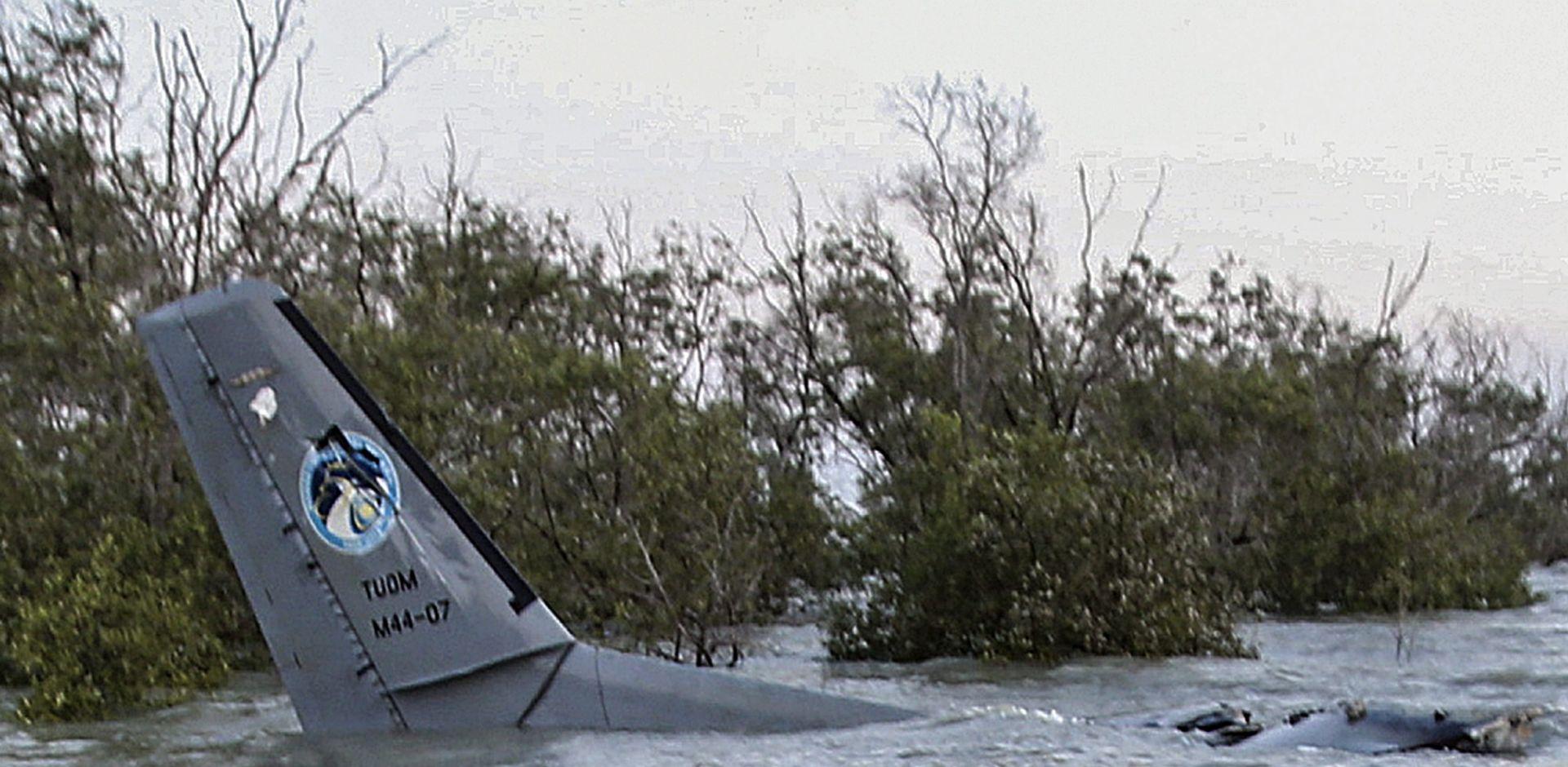 NESTALI BOEING 777: Pronađen dio zrakoplova u Mozambiku?