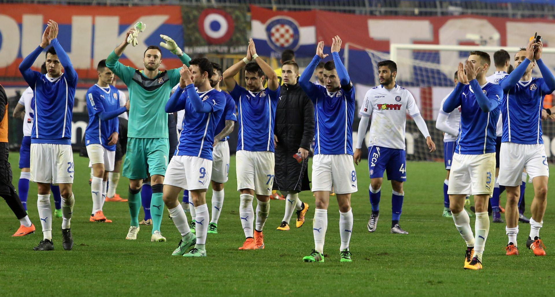 OZLJEDA U 62. MINUTI: Pjaci puklo rame, Burić: Ispričavam se navijačima Hajduka