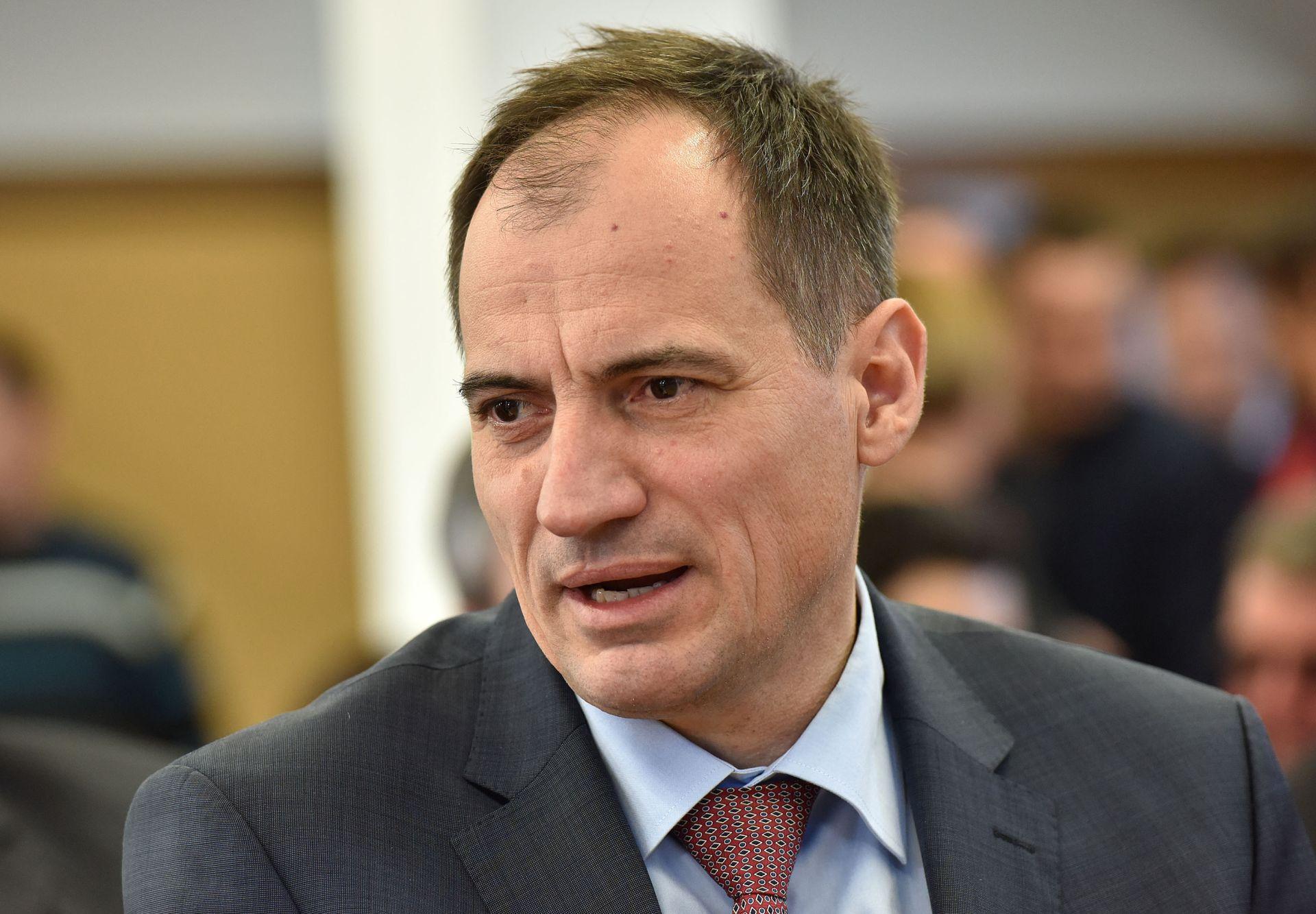 Neslaganje u saborskom Odboru za okoliš: Dobrovićeva ideja promjene koncepta gospodarenja otpadom