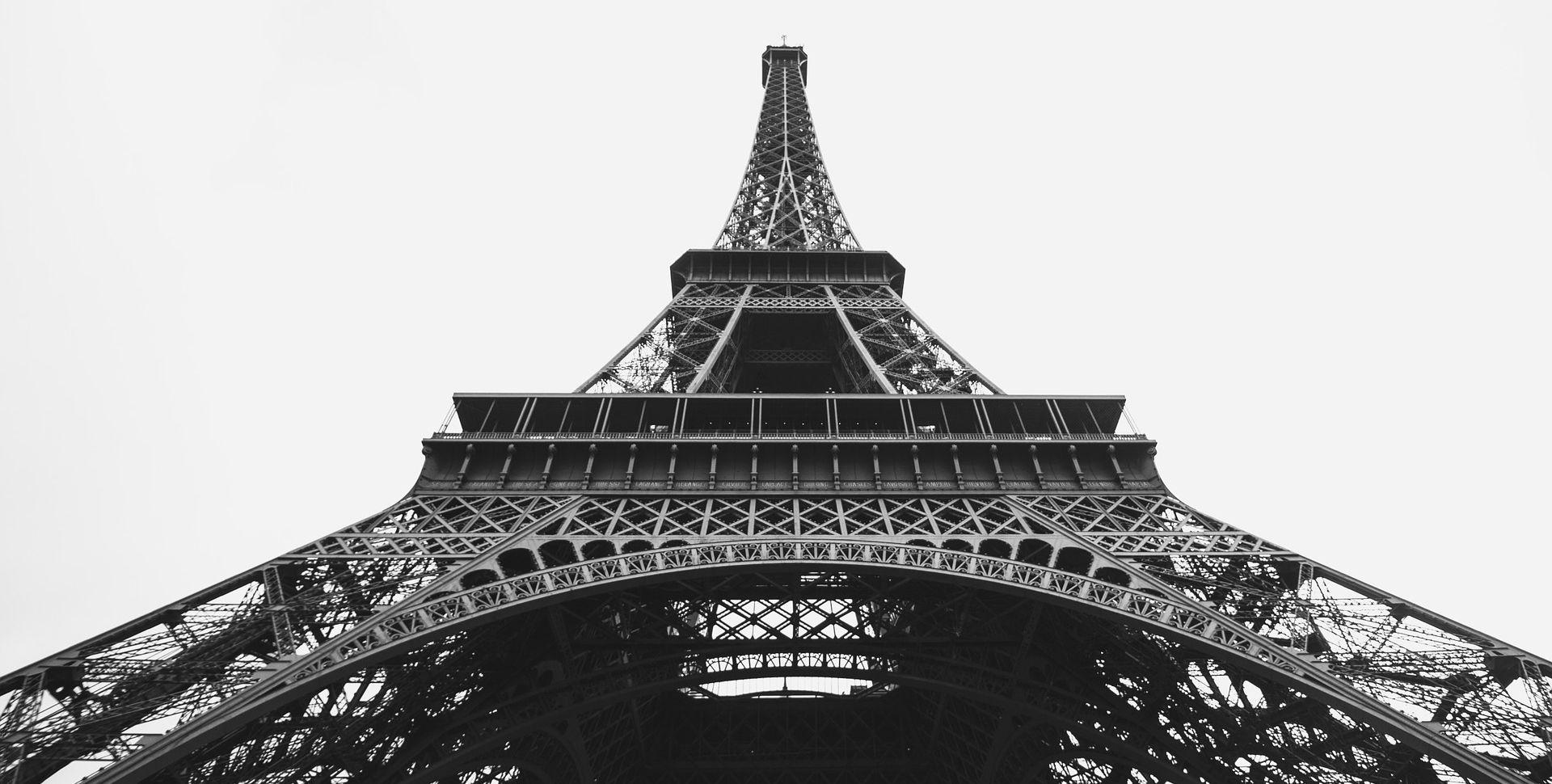 SOLIDARNOST Eiffelov toranj večeras u bojama belgijske zastave