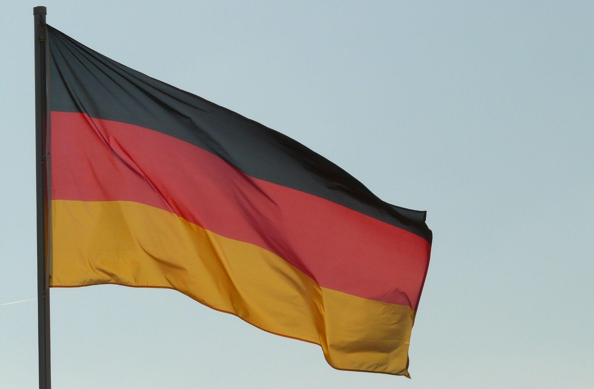 Ljevica u Hamburgu ne želi stalno isticanje državne zastave pred školama