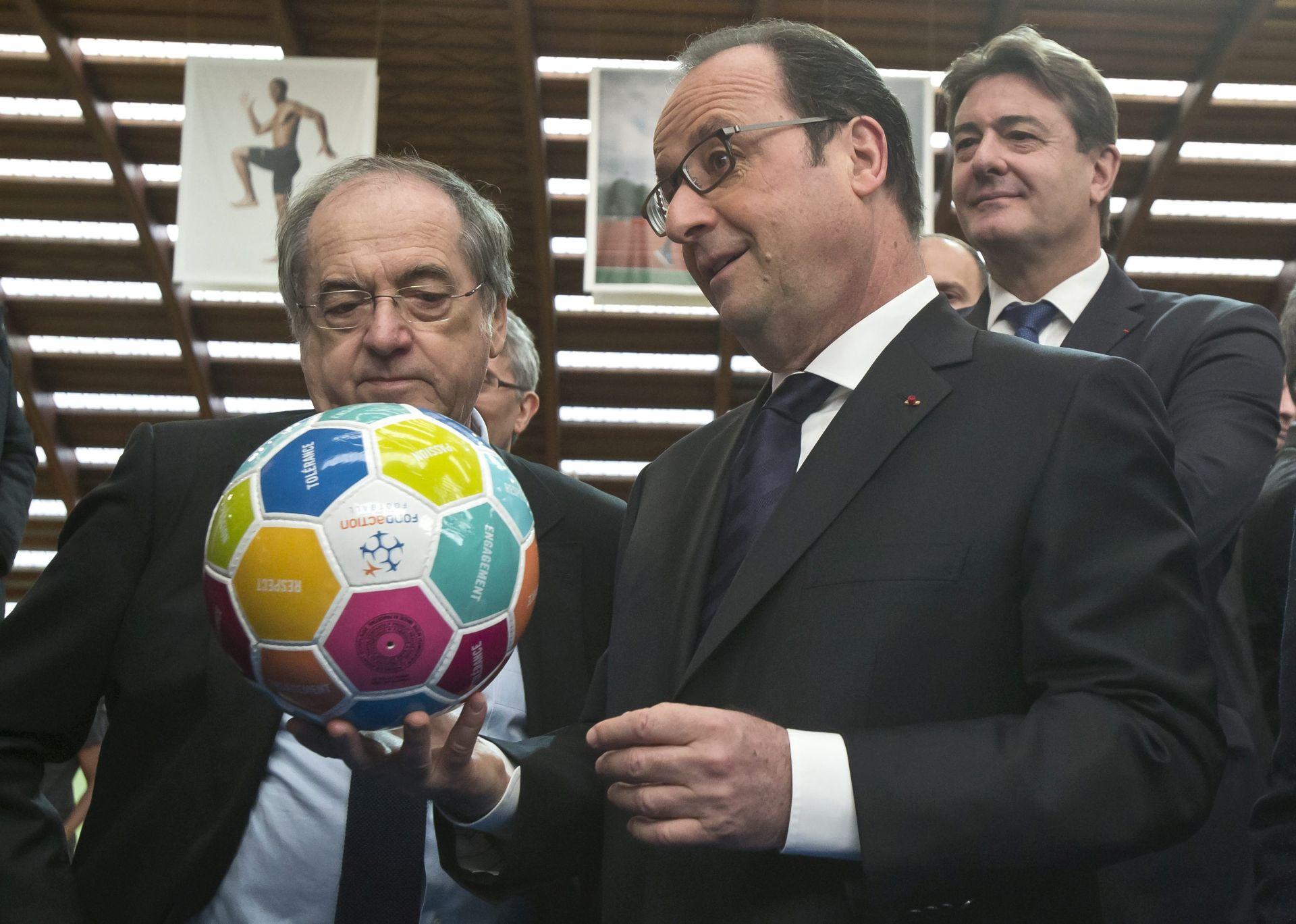 Hollande: Za EURO je angažirano dodatnih 3,000 zaštitara