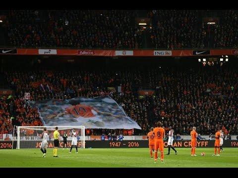 """VIDEO: MINUTA APLAUZA Amsterdam se oprostio od Johana Cruyffa – """"Ovo je bilo posebno"""""""