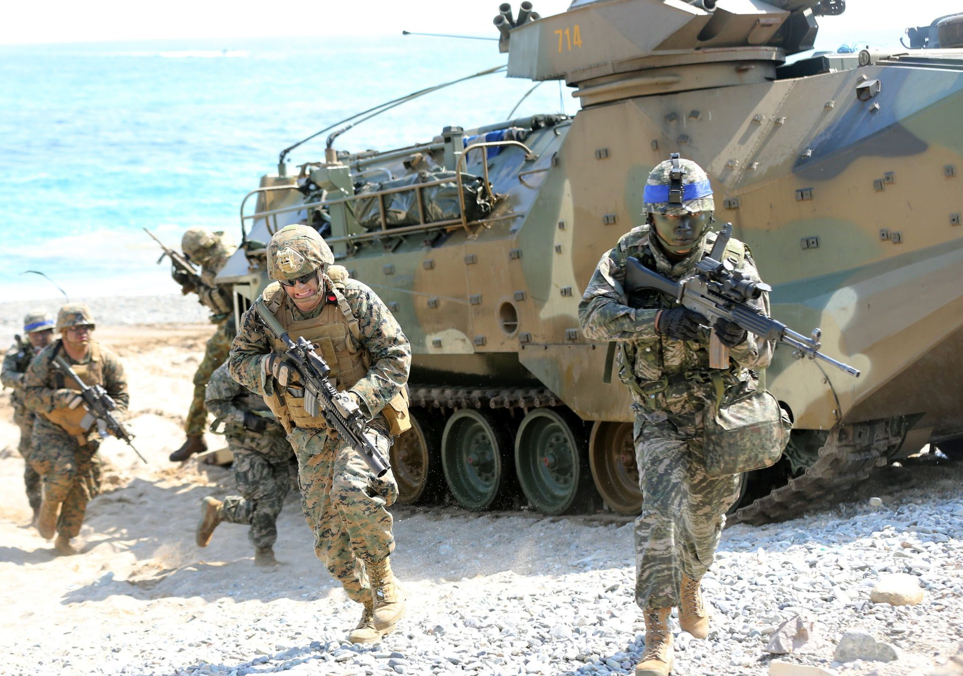 NAPETOSTI NA KOREJSKOM POLUOTOKU: SAD i Južna Koreja izvele napadačke vježbe