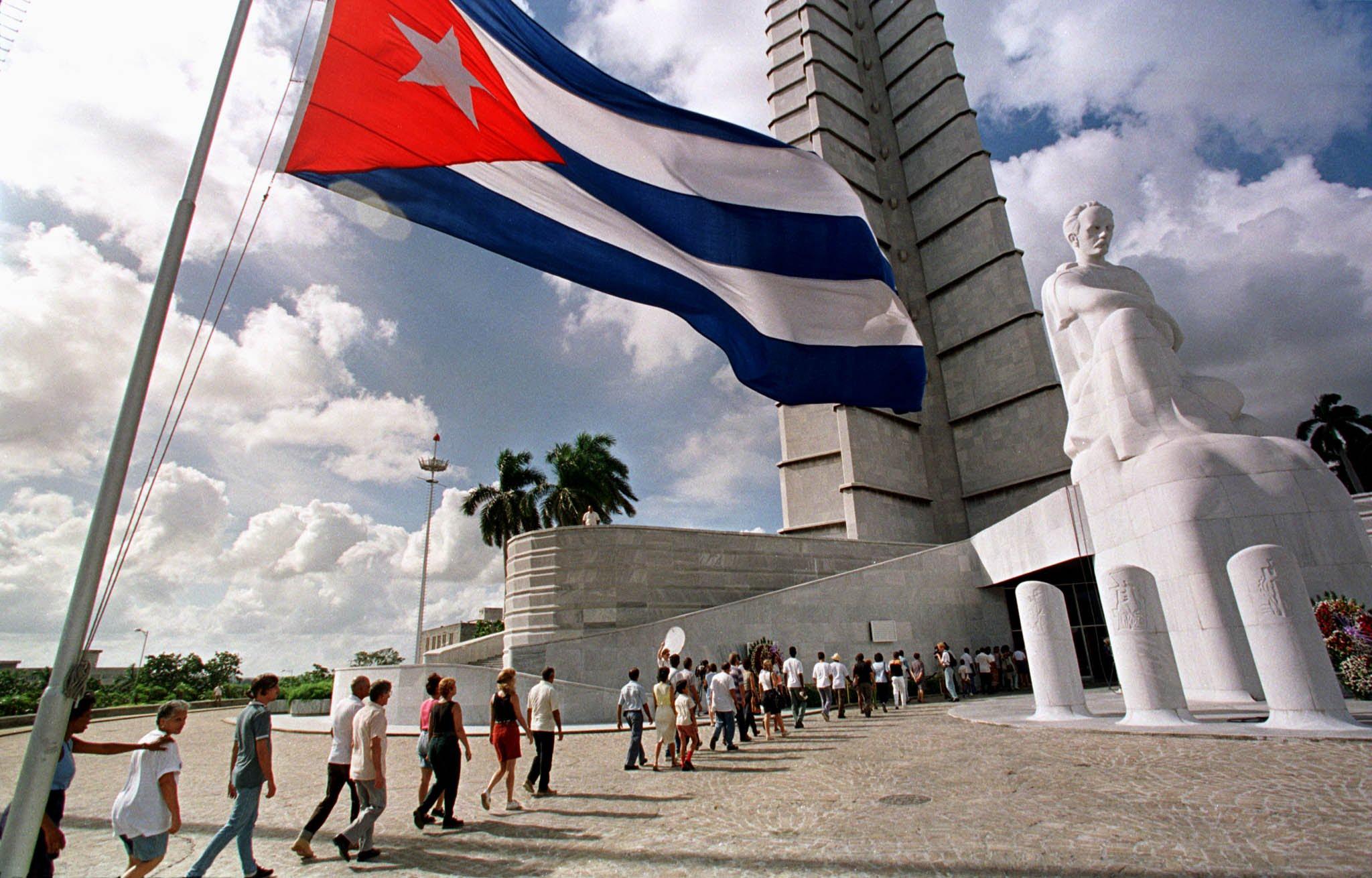 UŽIVO: Pratite službeni posjet američkog predsjednika Kubi