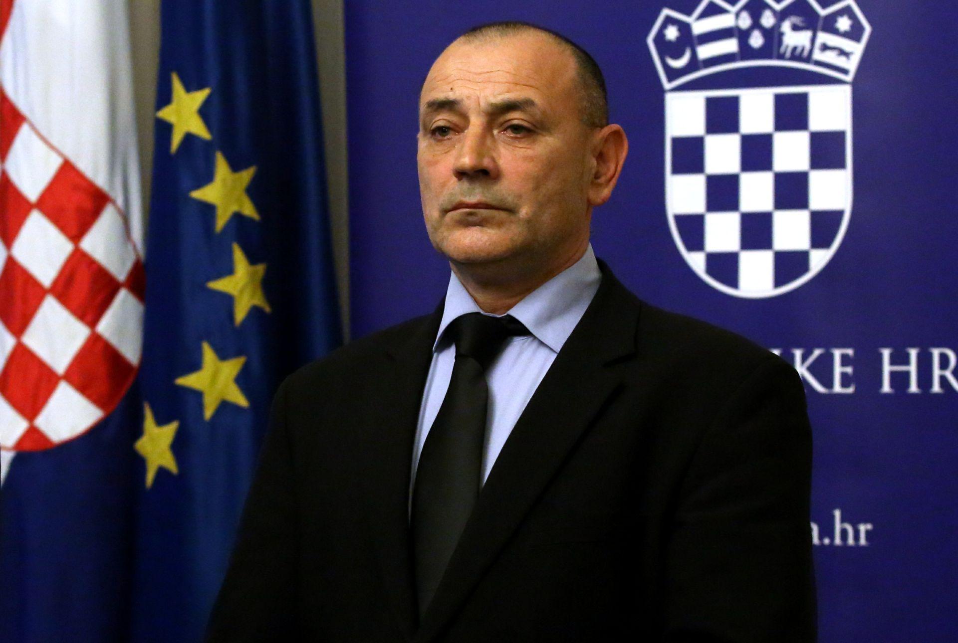 Medved: Šator je u Vukovaru privremeno