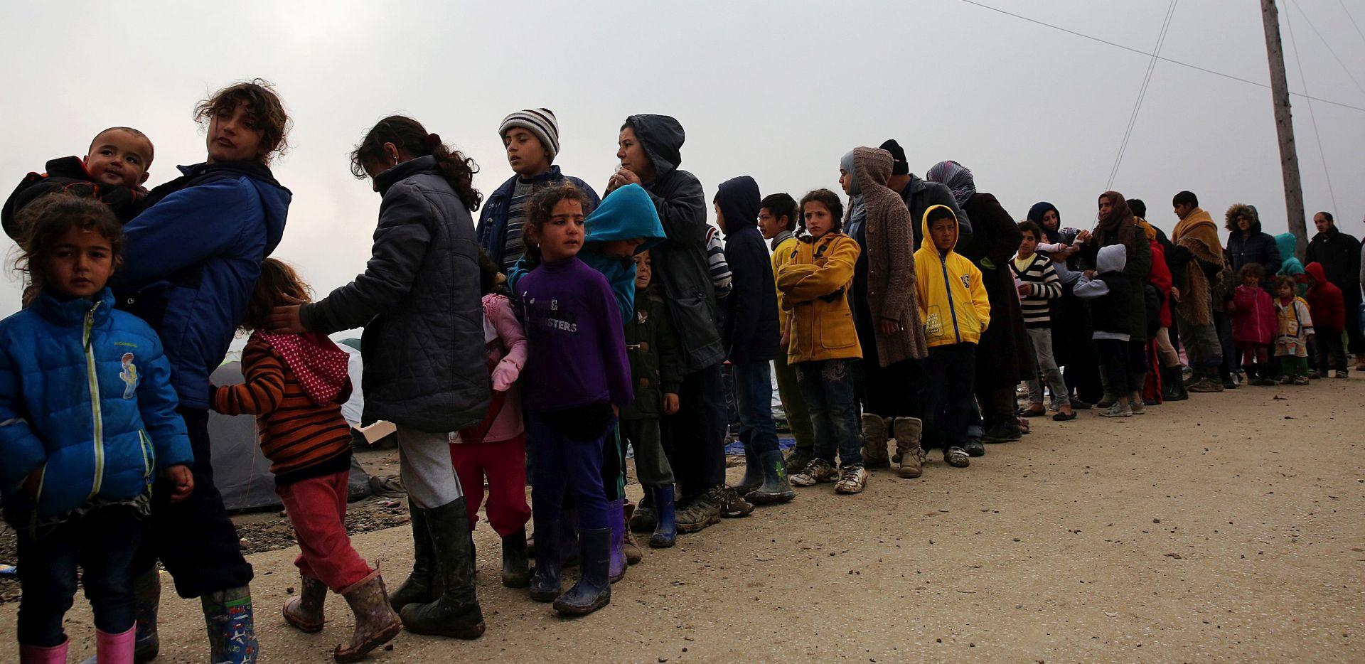 EU-Turska: U Pirej stiglo 465 migranata nakon što je postignut dogovor