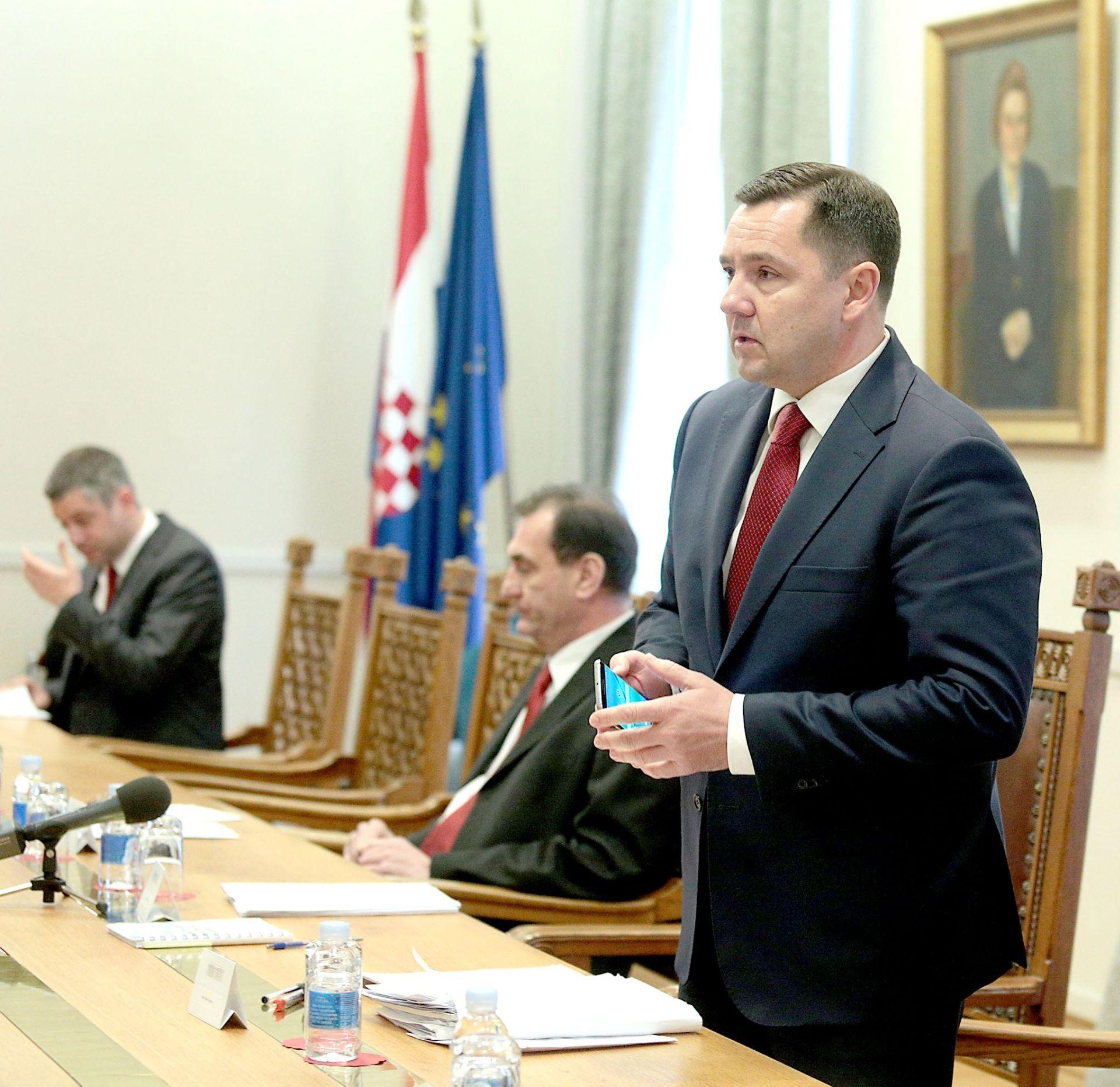 Mikulić: Nema zahtjeva za smjenom Kosora