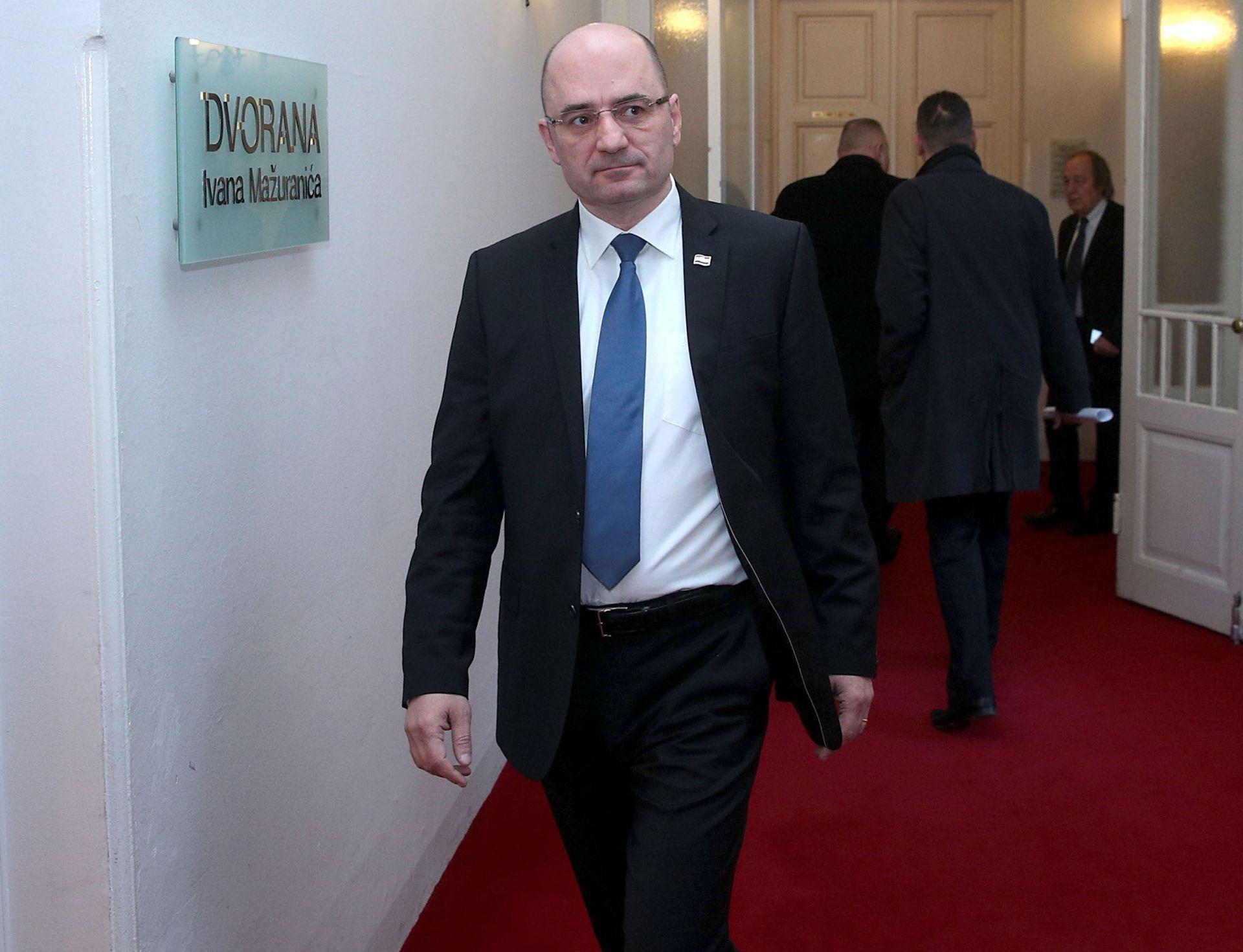 Milijan Brkić: Premijer Orešković me još nije pozvao na razgovor
