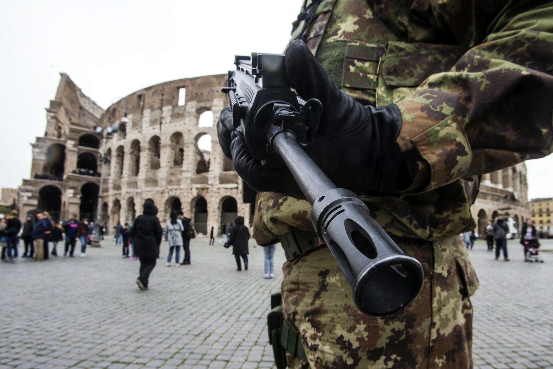 NAPADI DILJEM EUROPE: Najmanje 400 militanata Islamske države prošlo obuku za terorističke napade