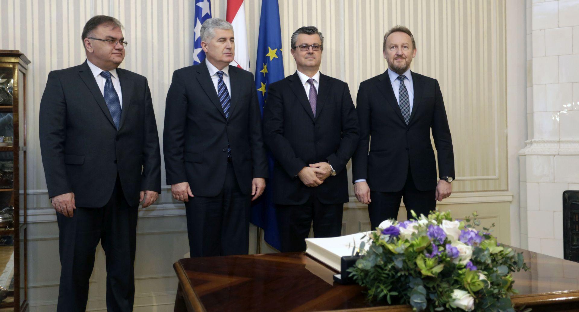 Premijer Orešković: Potpora putu BiH prema euroatlantskim integracijama