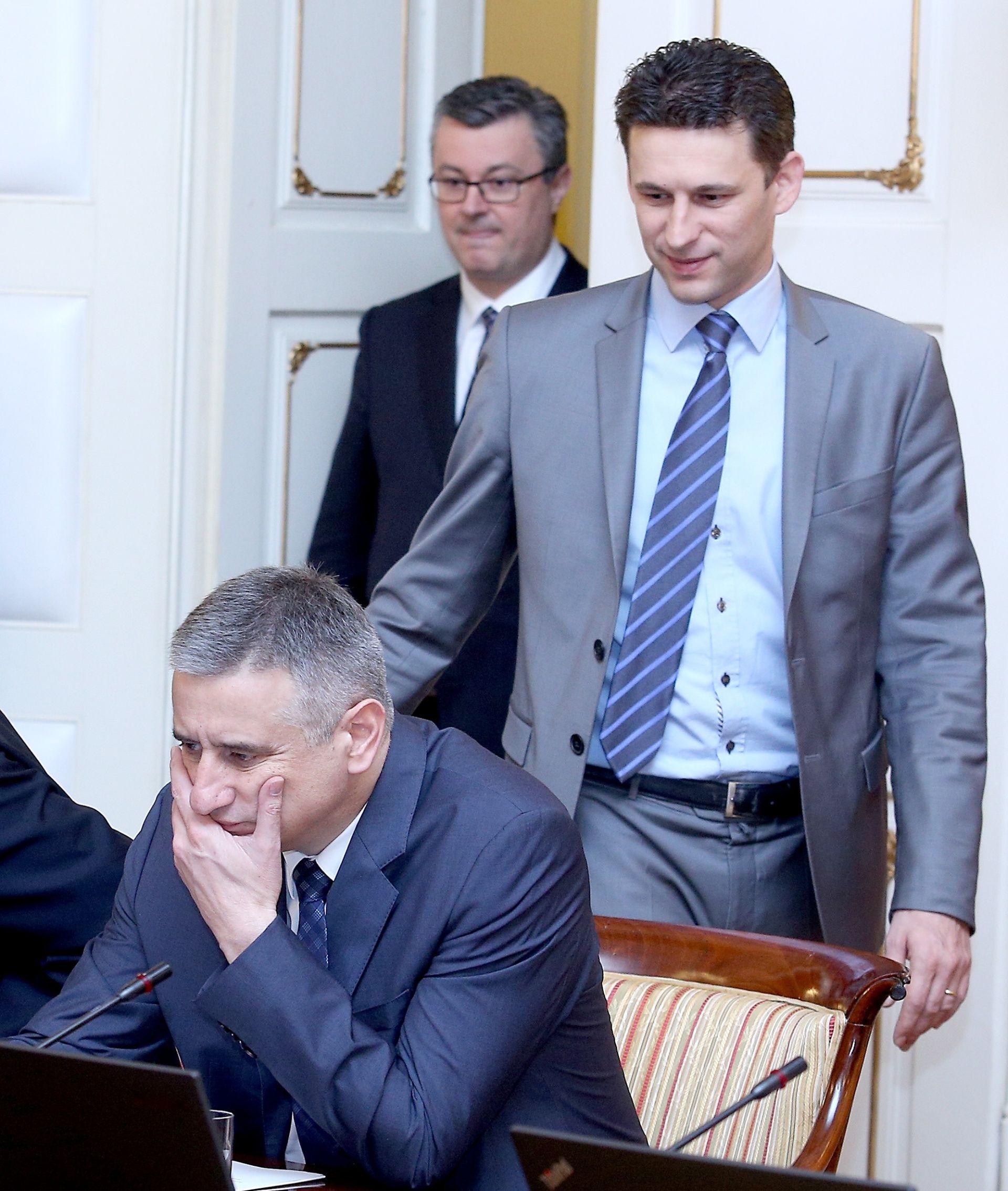 """NOVE NAPETOSTI U VLADI Petrov poručio HDZ-u: """"Hrvatska nije zemlja za pranje novca"""""""