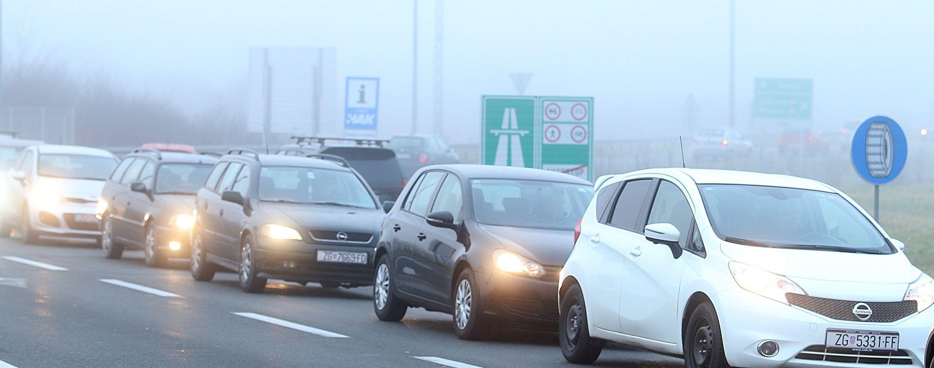 HAK Magla i jak vjetar usporavaju promet, prometna nesreća na DC1 u Tušiloviću